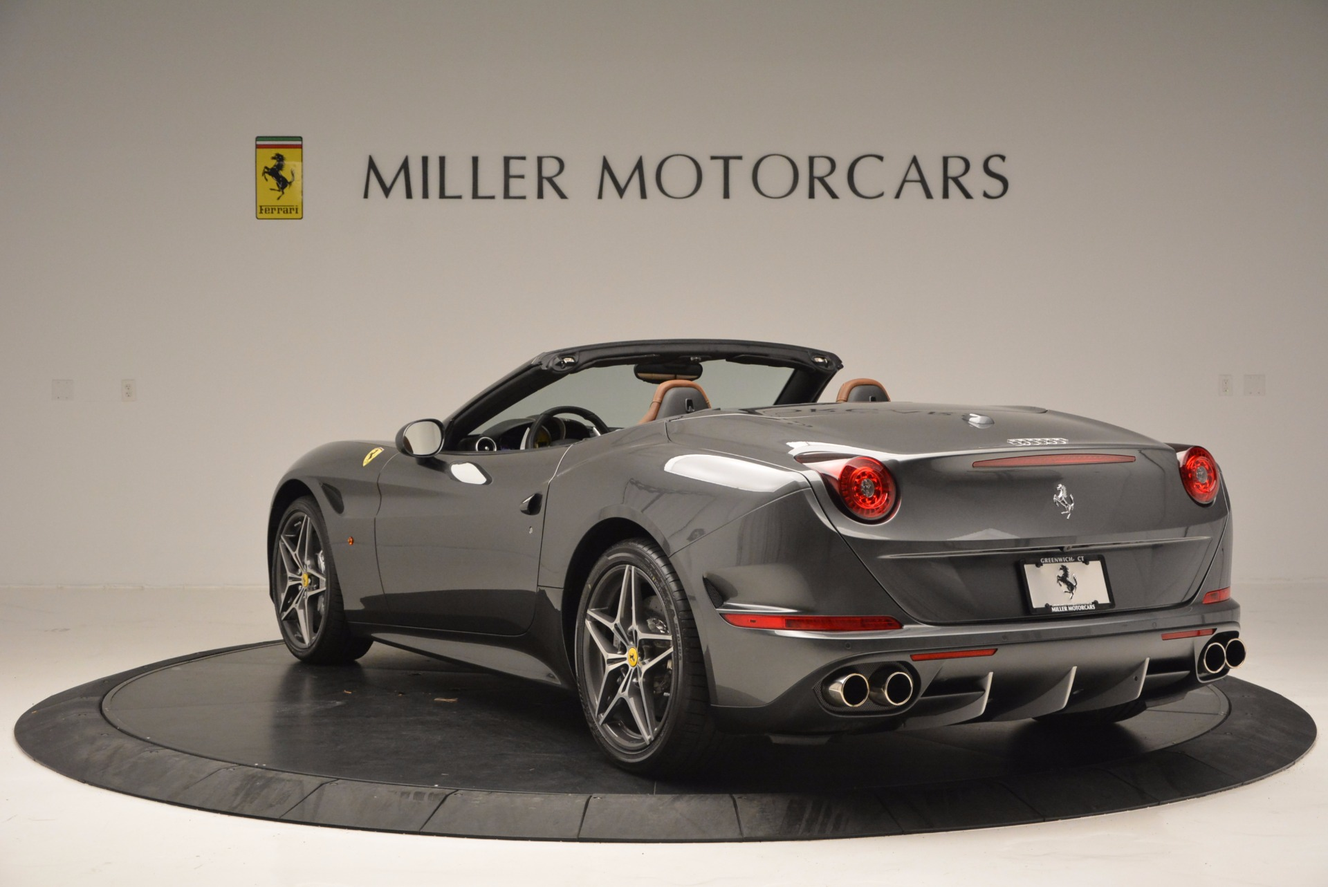 Used 2015 Ferrari California T  For Sale In Westport, CT 561_p5