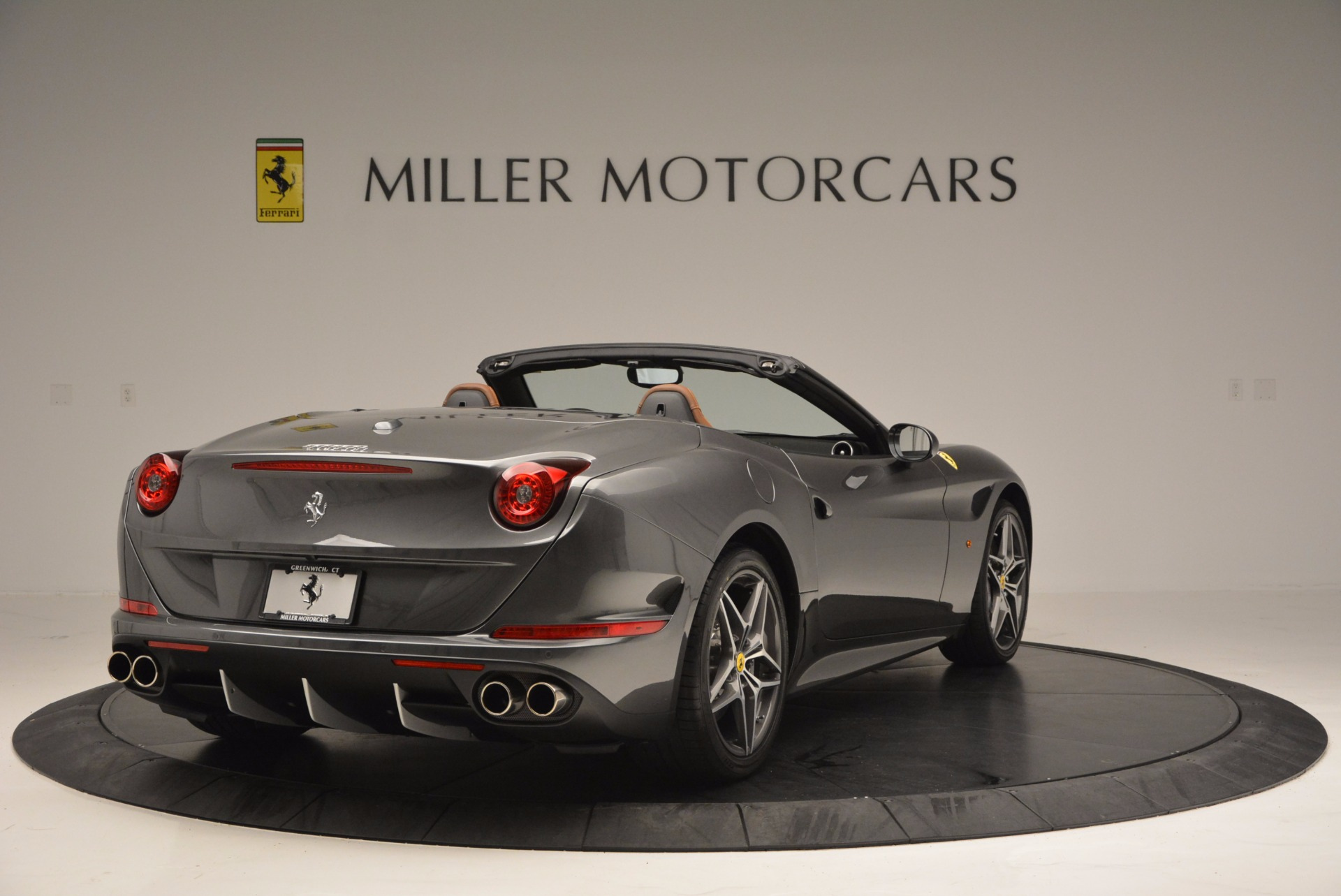 Used 2015 Ferrari California T  For Sale In Westport, CT 561_p7