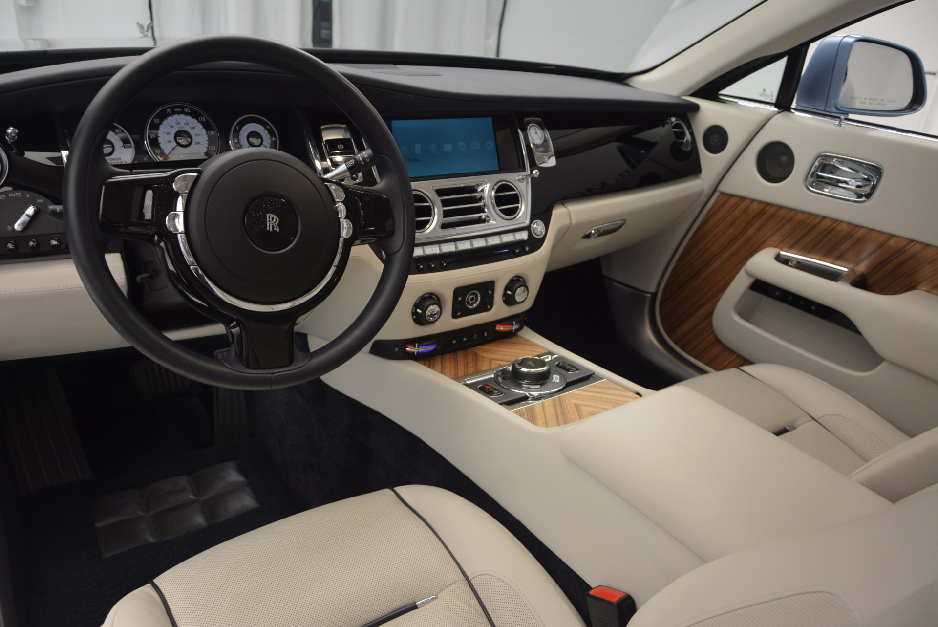 Used 2015 Rolls-Royce Wraith  For Sale In Westport, CT 563_p24
