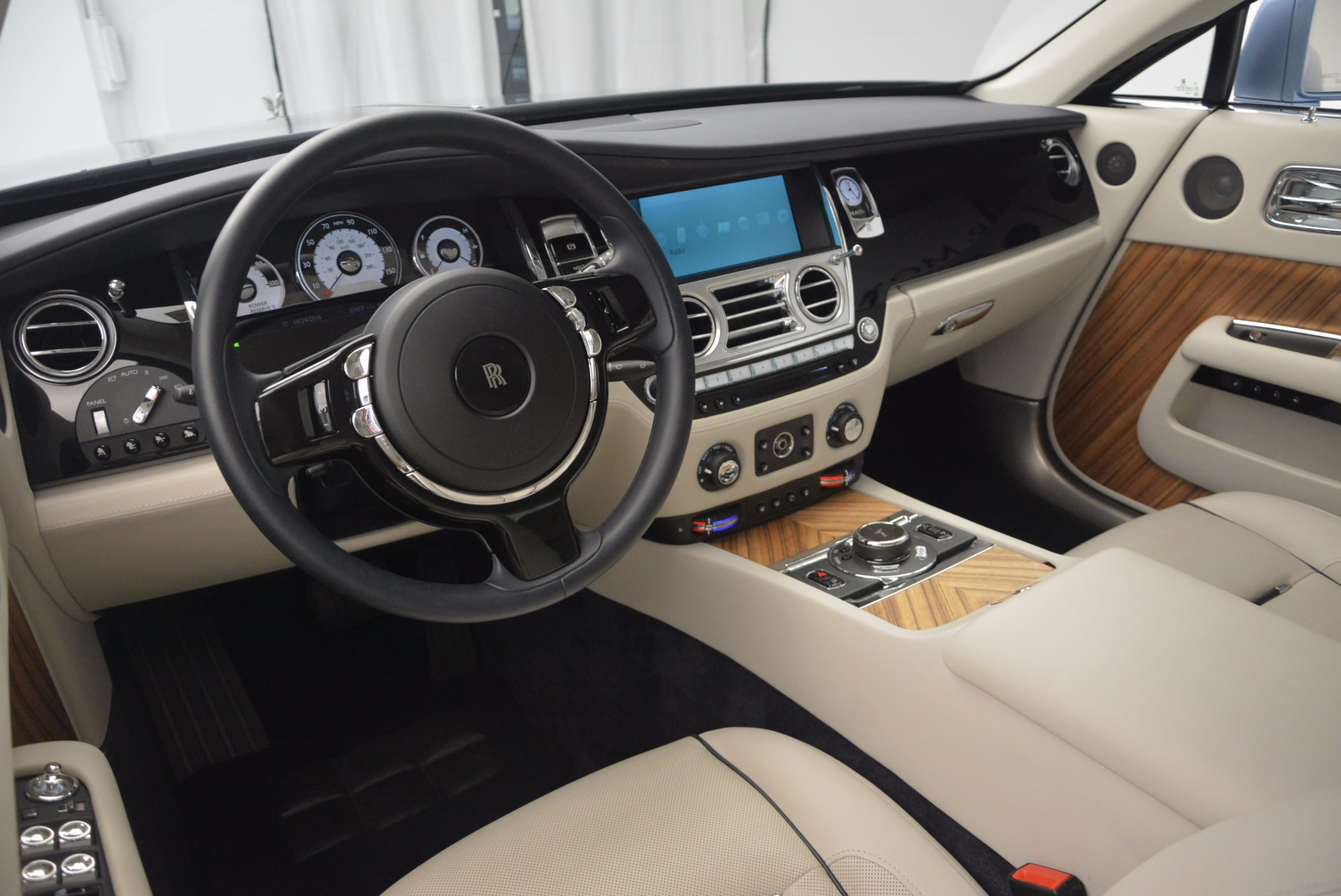 Used 2015 Rolls-Royce Wraith  For Sale In Westport, CT 563_p25