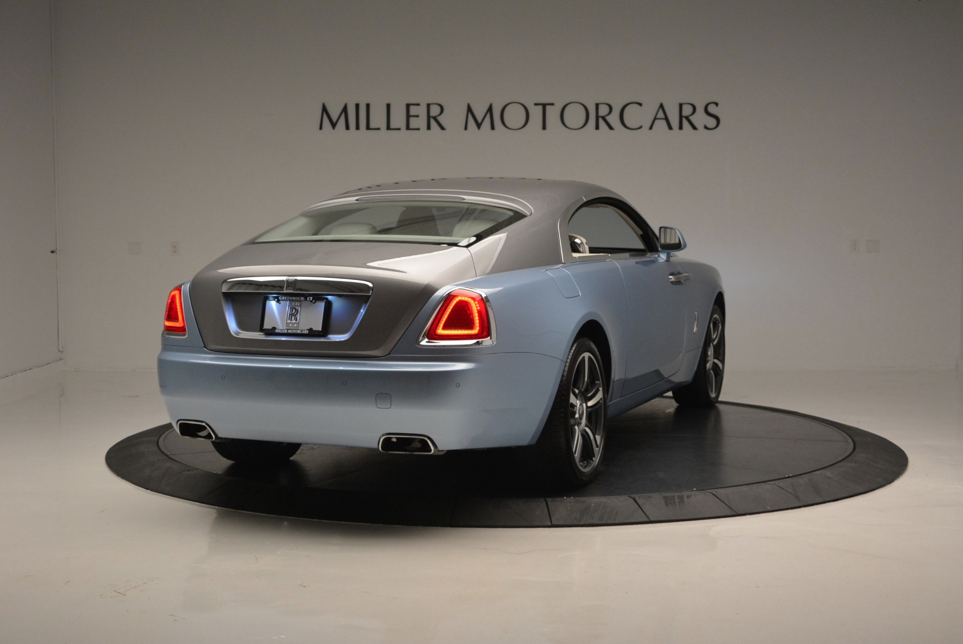 Used 2015 Rolls-Royce Wraith  For Sale In Westport, CT 563_p7