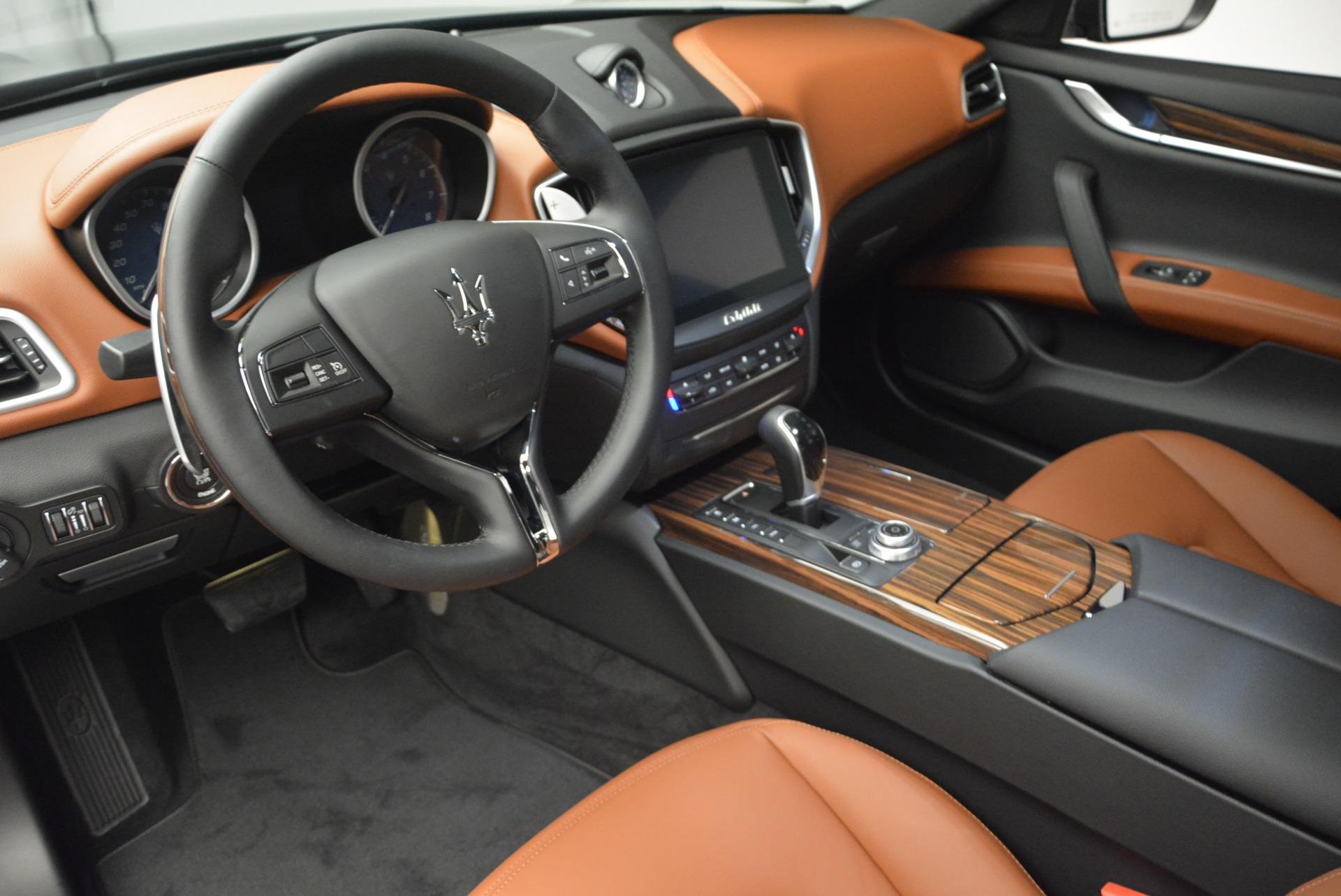 Used 2017 Maserati Ghibli S Q4  EX-LOANER For Sale In Westport, CT 565_p13