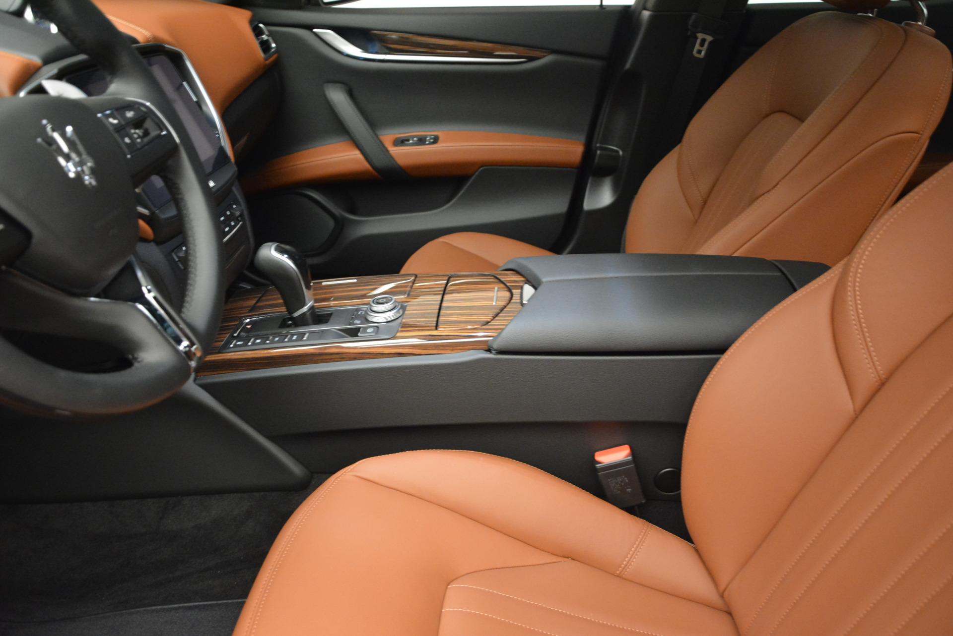 Used 2017 Maserati Ghibli S Q4  EX-LOANER For Sale In Westport, CT 565_p14