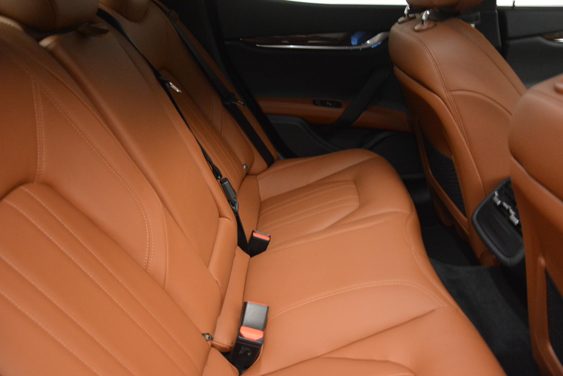 Used 2017 Maserati Ghibli S Q4  EX-LOANER For Sale In Westport, CT 565_p23