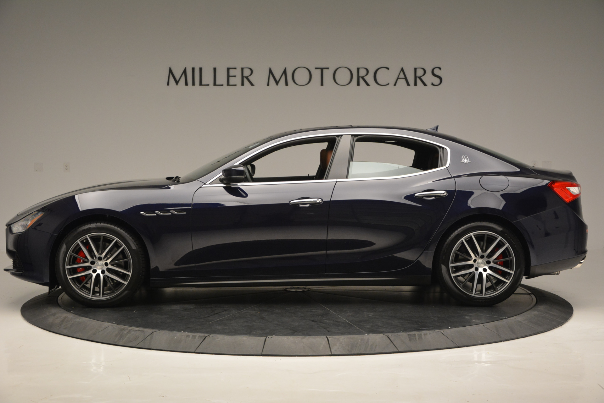 Used 2017 Maserati Ghibli S Q4 - EX Loaner For Sale In Westport, CT 568_p3