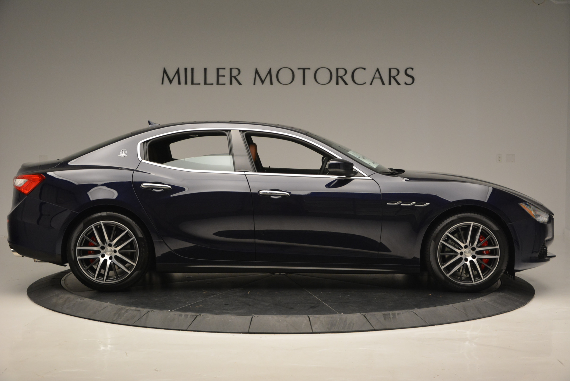 Used 2017 Maserati Ghibli S Q4 - EX Loaner For Sale In Westport, CT 568_p9