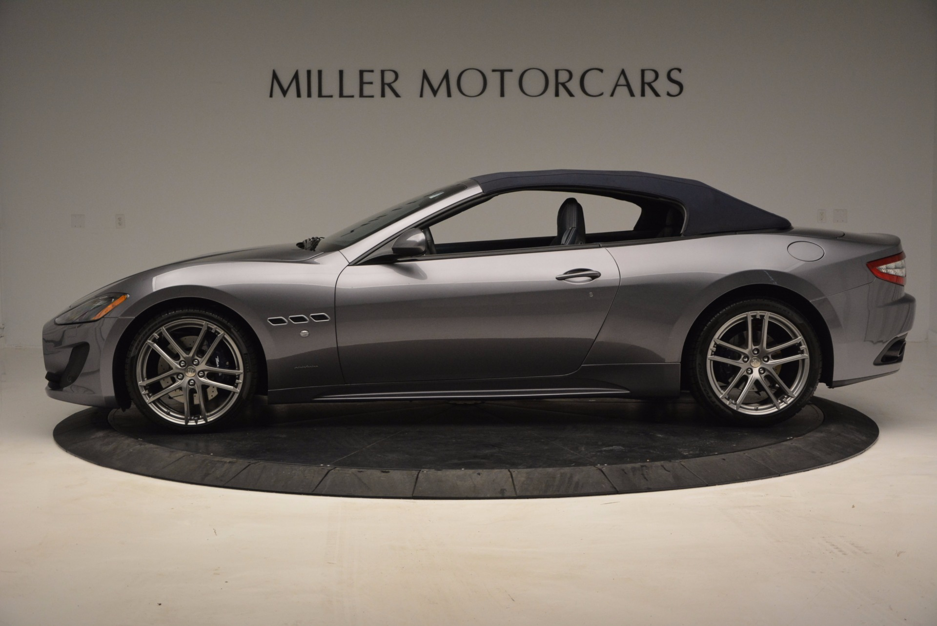 New 2017 Maserati GranTurismo Sport For Sale In Westport, CT 598_p13