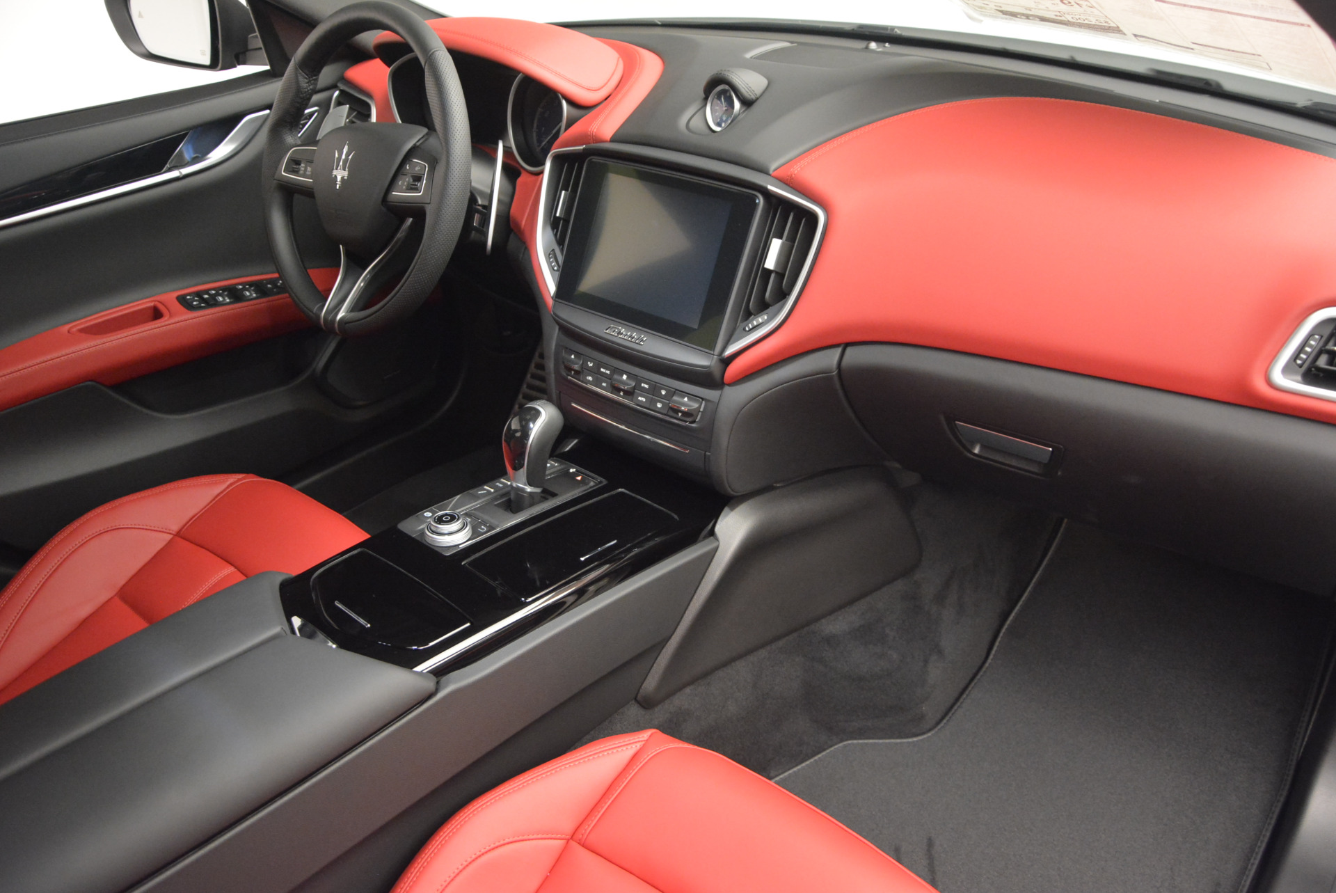 New 2017 Maserati Ghibli S Q4 For Sale In Westport, CT 599_p23