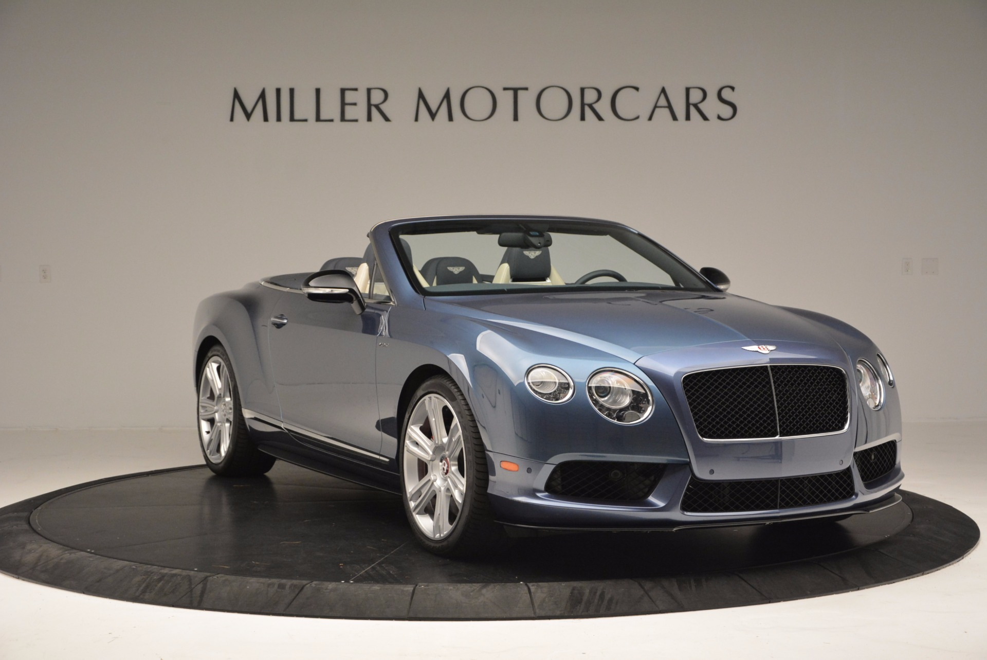 Used 2014 Bentley Continental GT V8 S Convertible  For Sale In Westport, CT 600_p11
