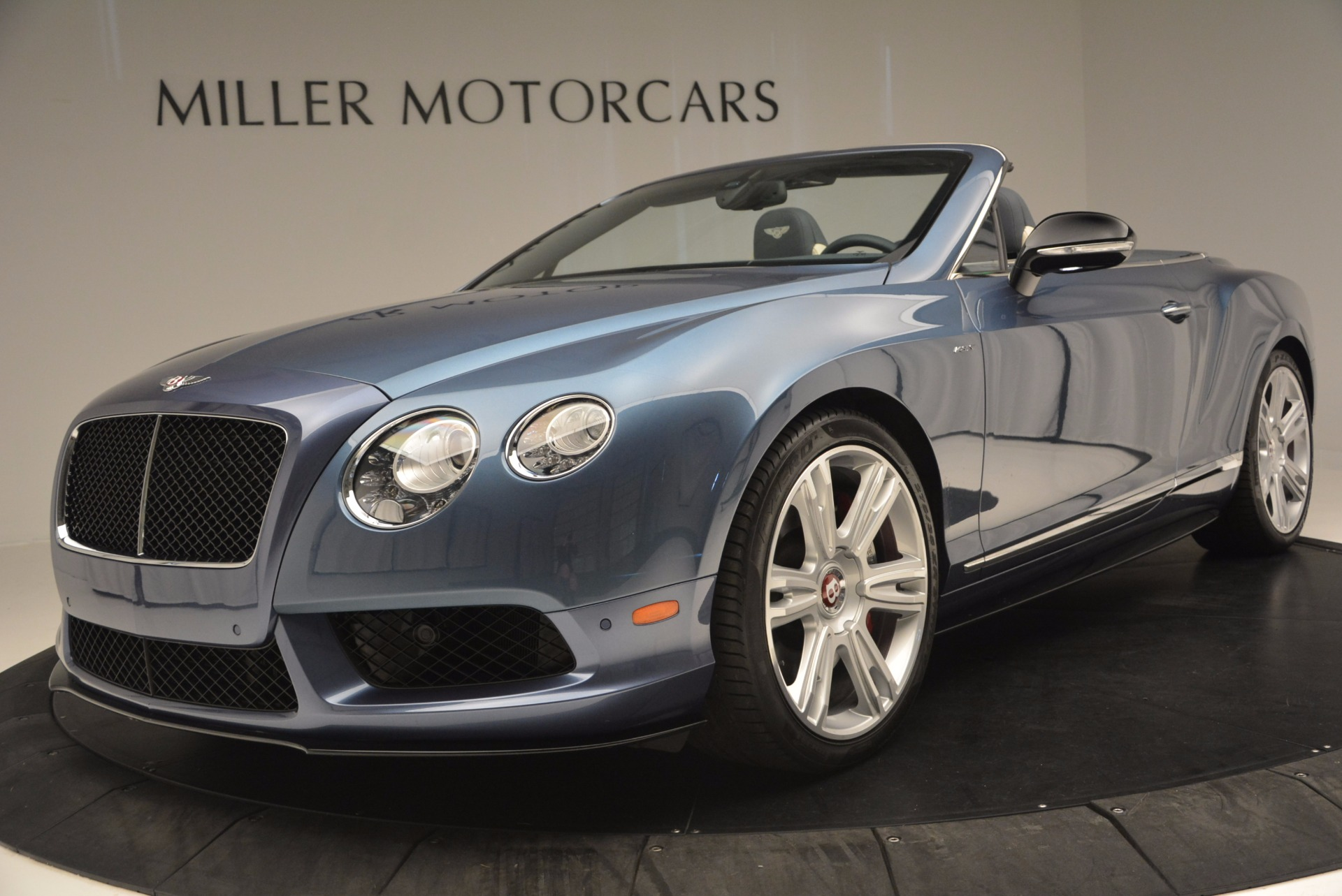 Used 2014 Bentley Continental GT V8 S Convertible  For Sale In Westport, CT 600_p24