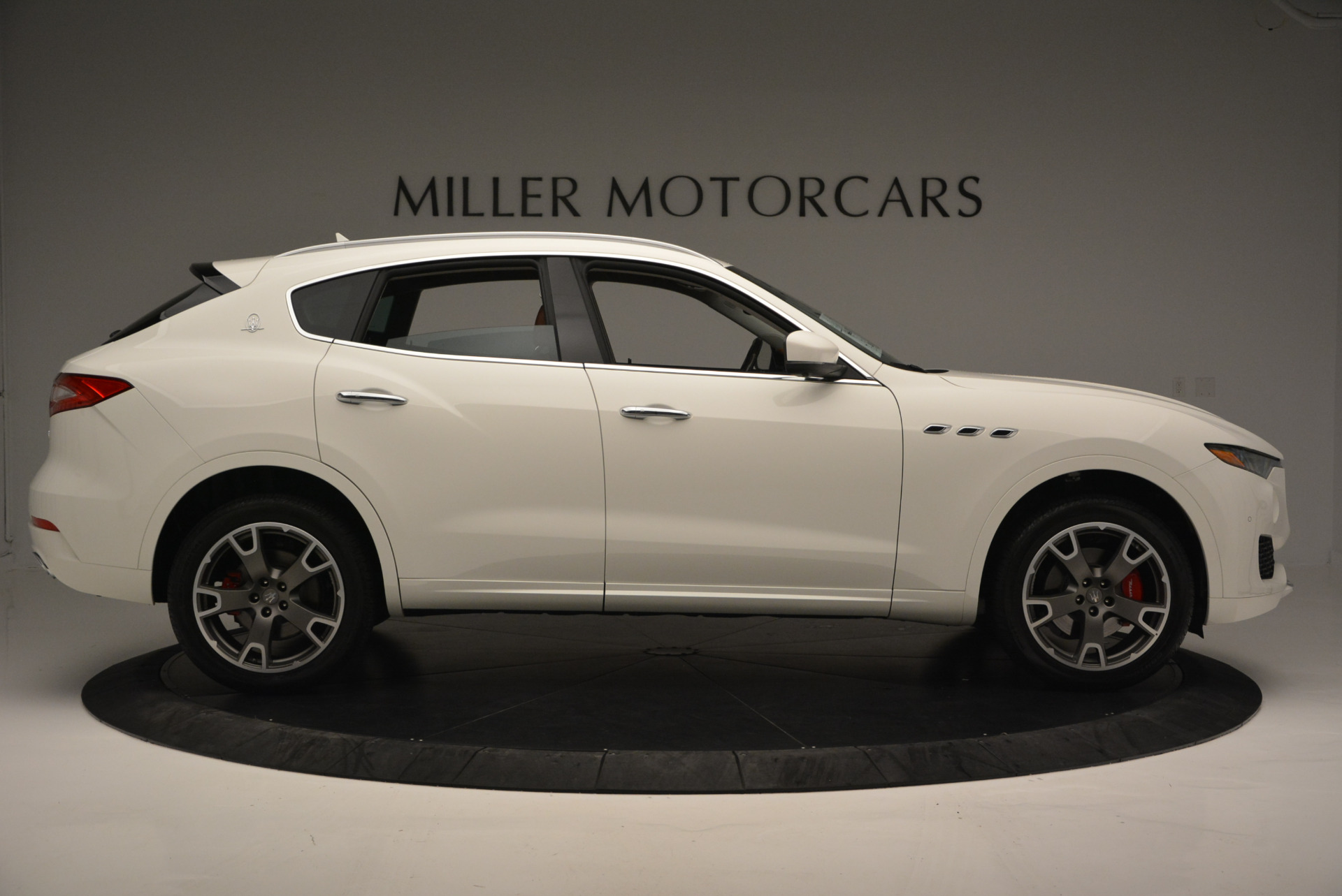 New 2017 Maserati Levante  For Sale In Westport, CT 614_p9