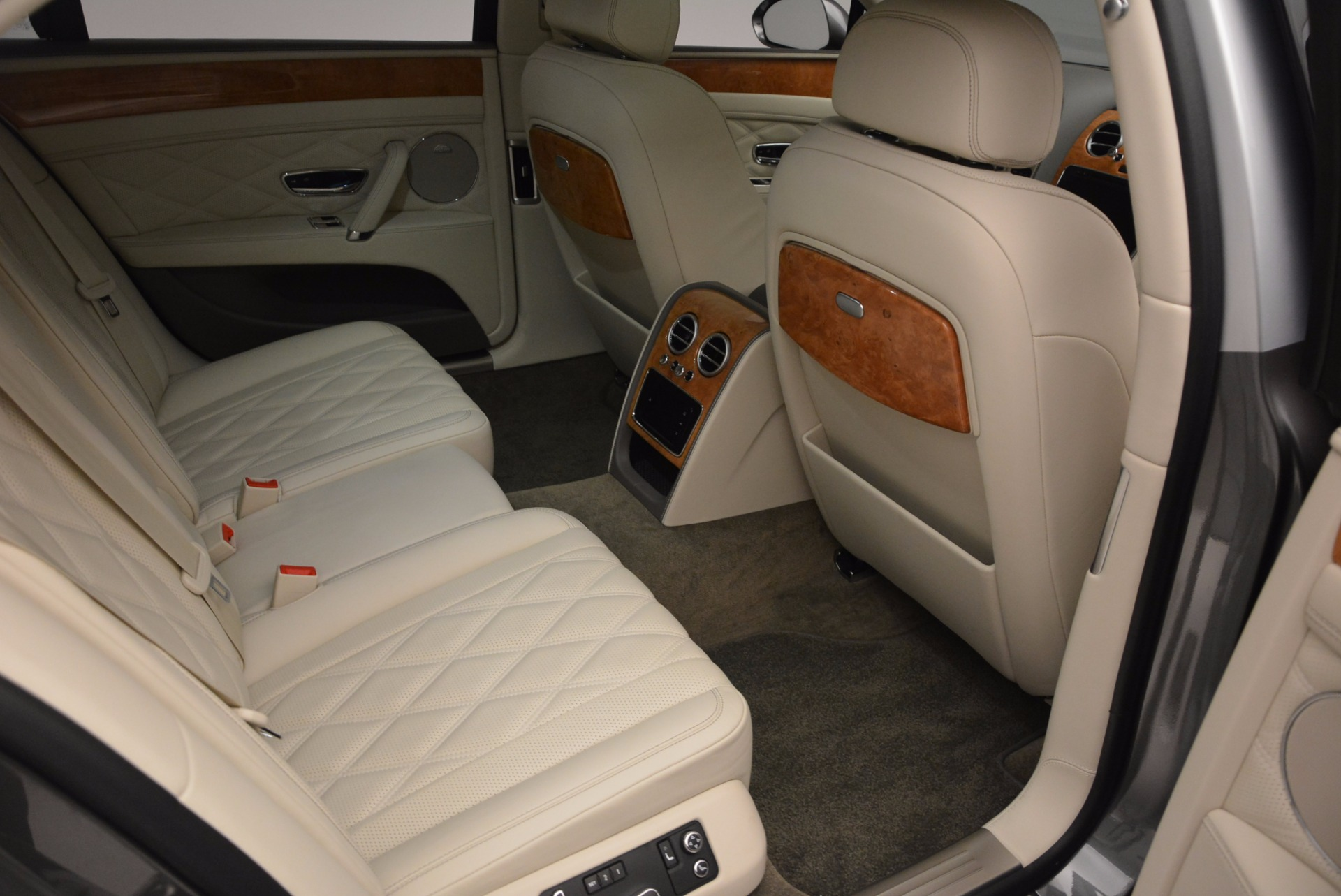 Used 2016 Bentley Flying Spur W12  For Sale In Westport, CT 617_p22