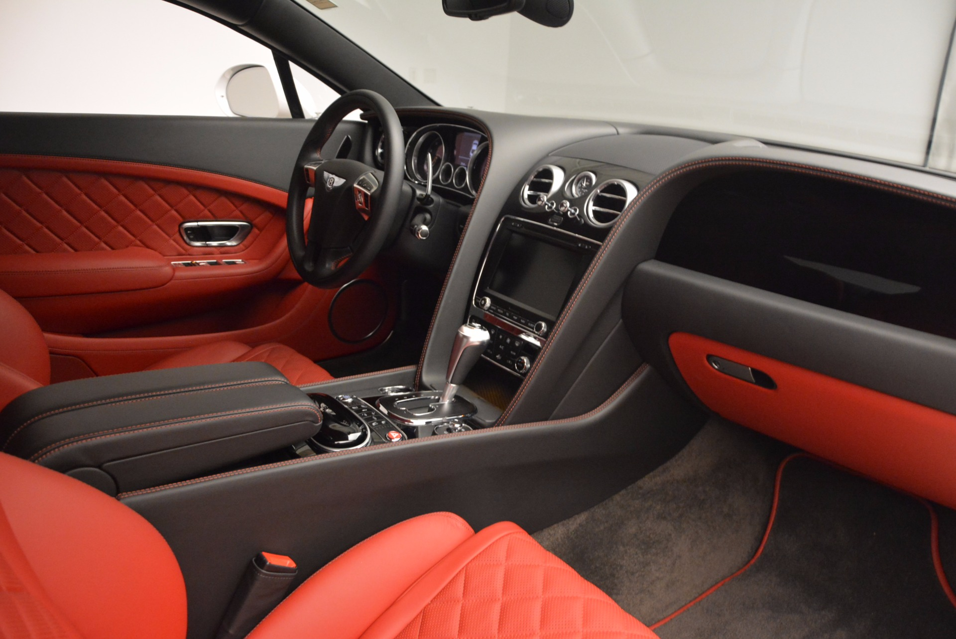 Used 2016 Bentley Continental GT  For Sale In Westport, CT 618_p20