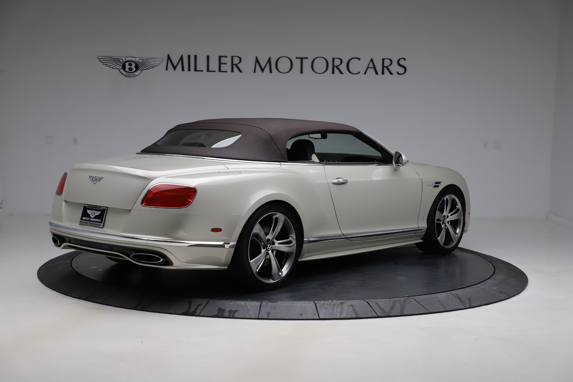 Used 2016 Bentley Continental GT Speed Convertible  For Sale In Westport, CT 619_p18