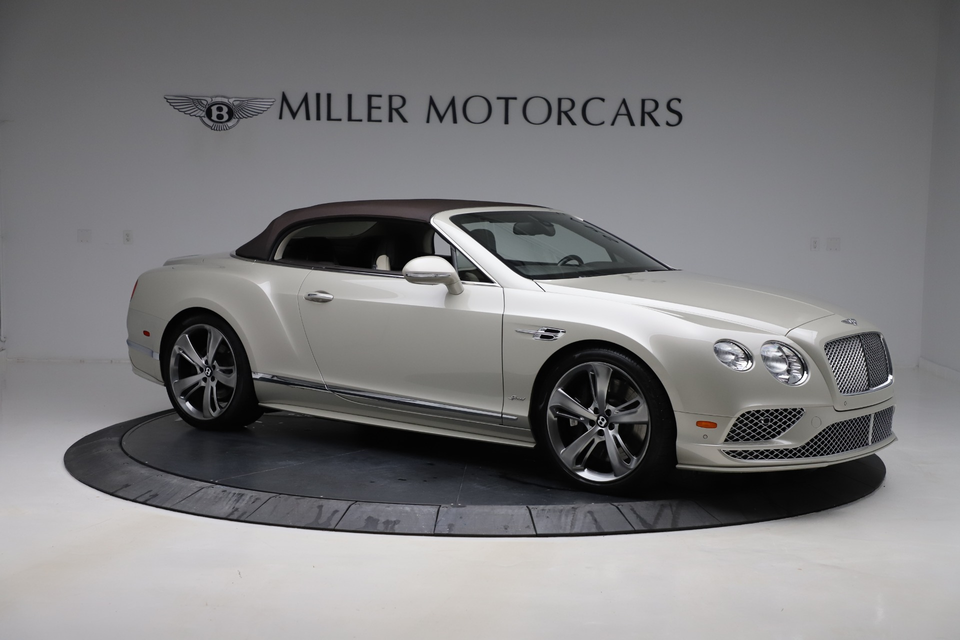 Used 2016 Bentley Continental GT Speed Convertible  For Sale In Westport, CT 619_p20