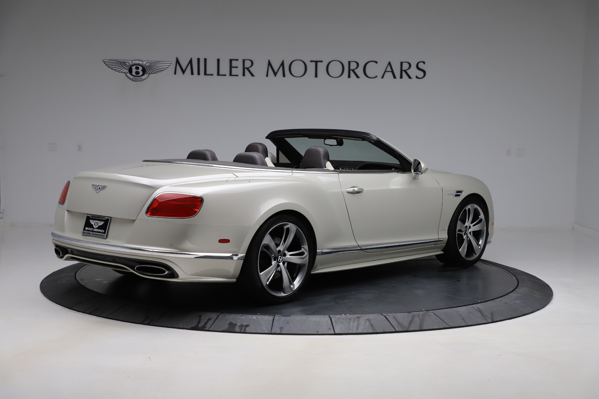 Used 2016 Bentley Continental GT Speed Convertible  For Sale In Westport, CT 619_p9