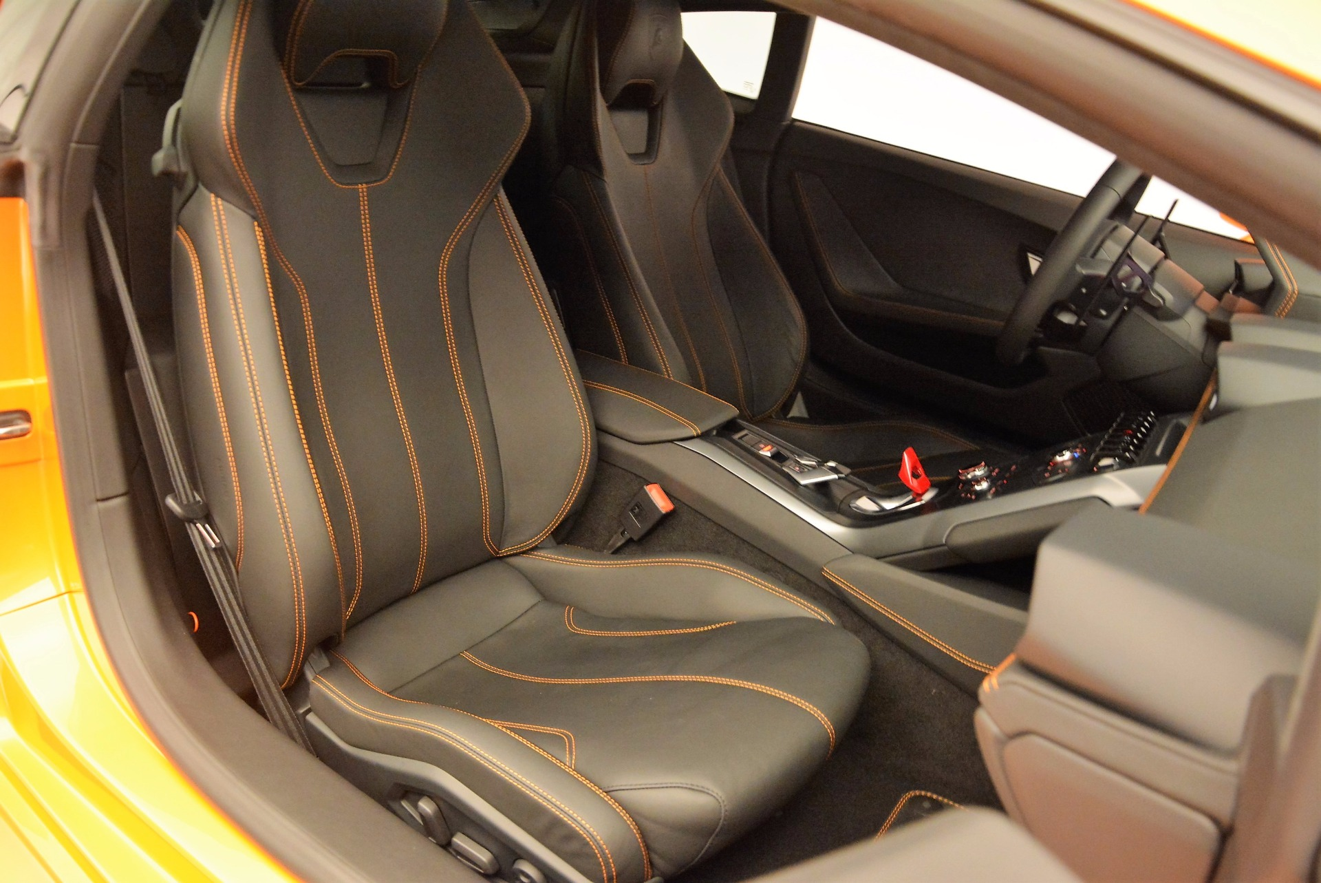Used 2015 Lamborghini Huracan LP 610-4 For Sale In Westport, CT 621_p19