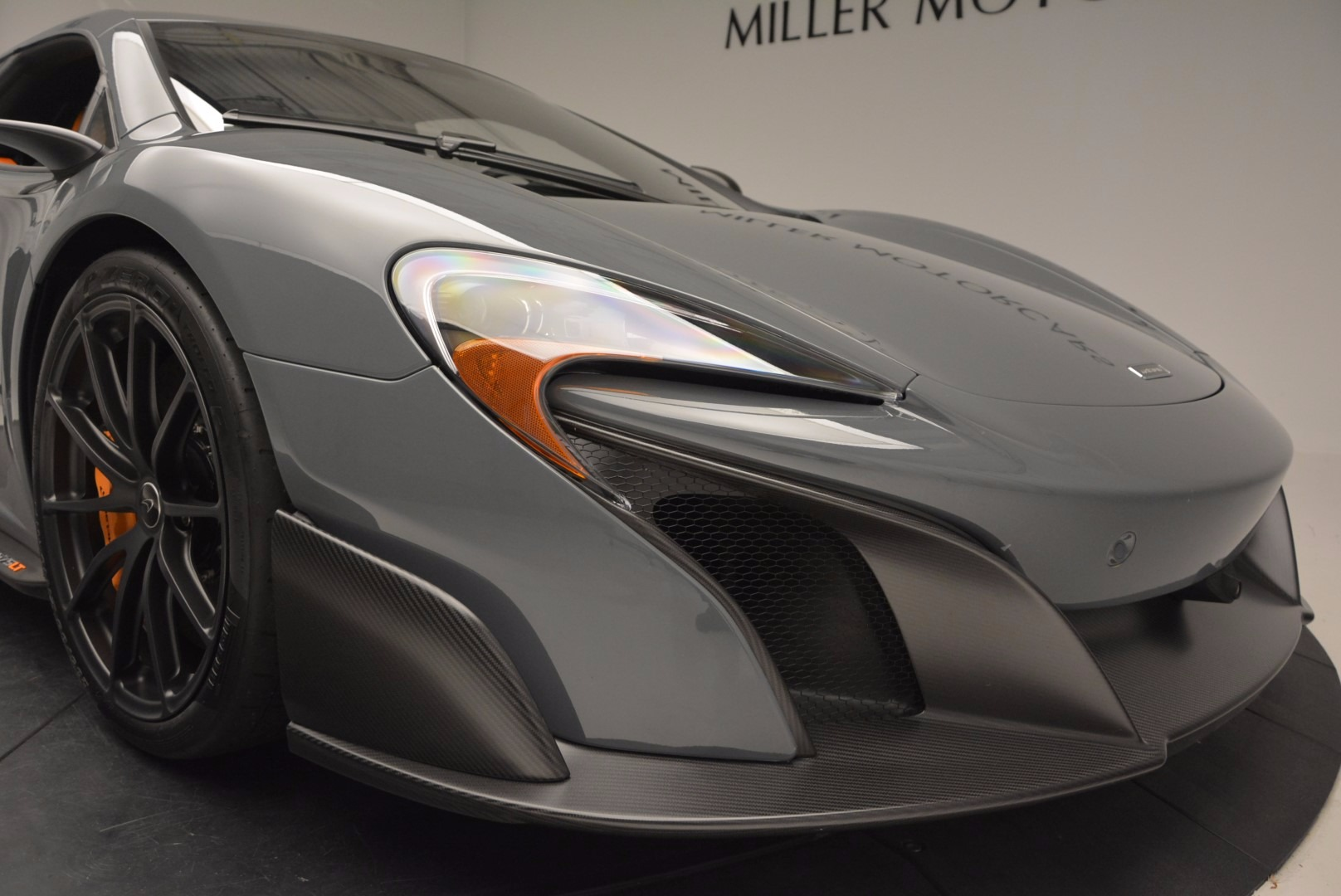 Used 2016 McLaren 675LT  For Sale In Westport, CT 628_p22