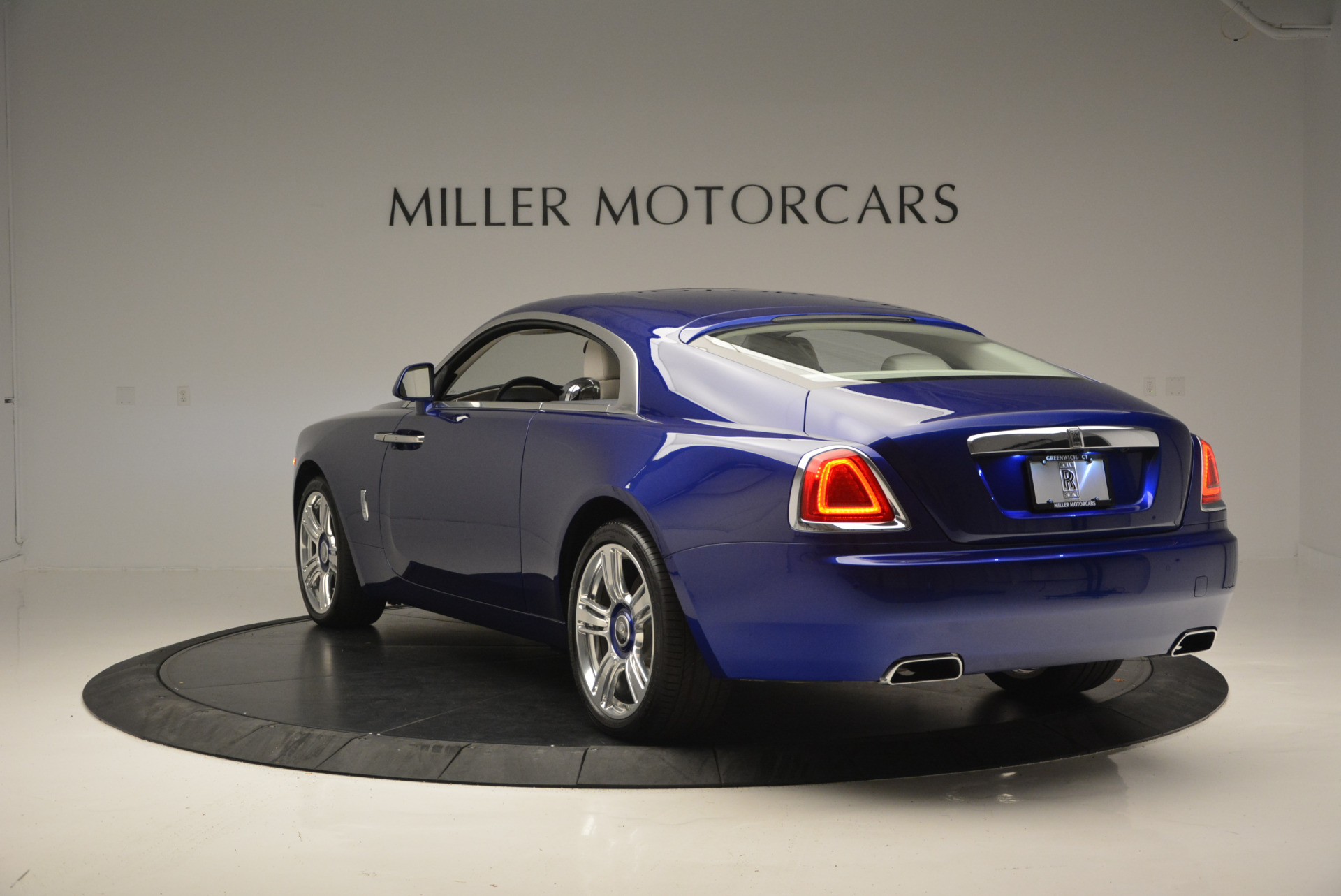 Used 2016 Rolls-Royce Wraith  For Sale In Westport, CT 635_p6