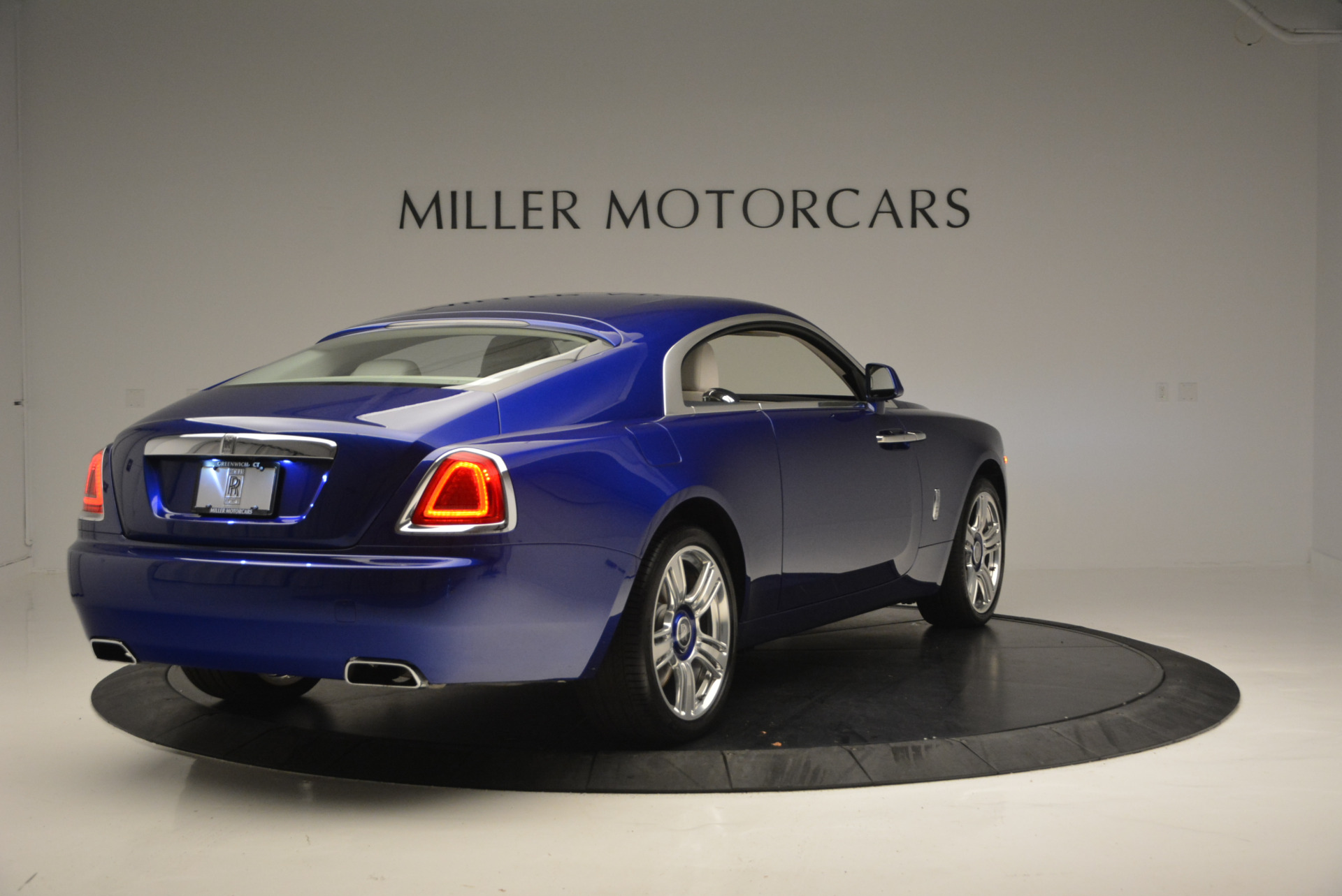 Used 2016 Rolls-Royce Wraith  For Sale In Westport, CT 635_p8