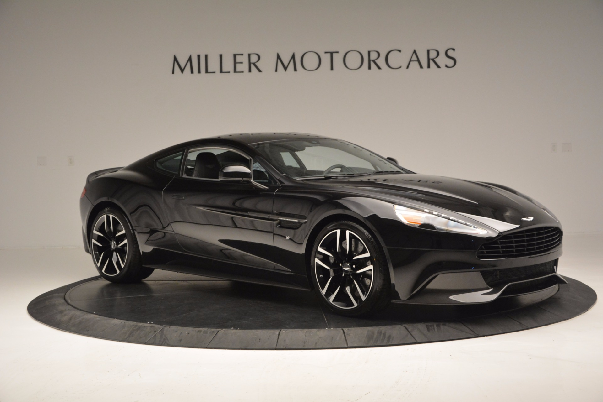 Used 2017 Aston Martin Vanquish Coupe For Sale In Westport, CT 638_p10