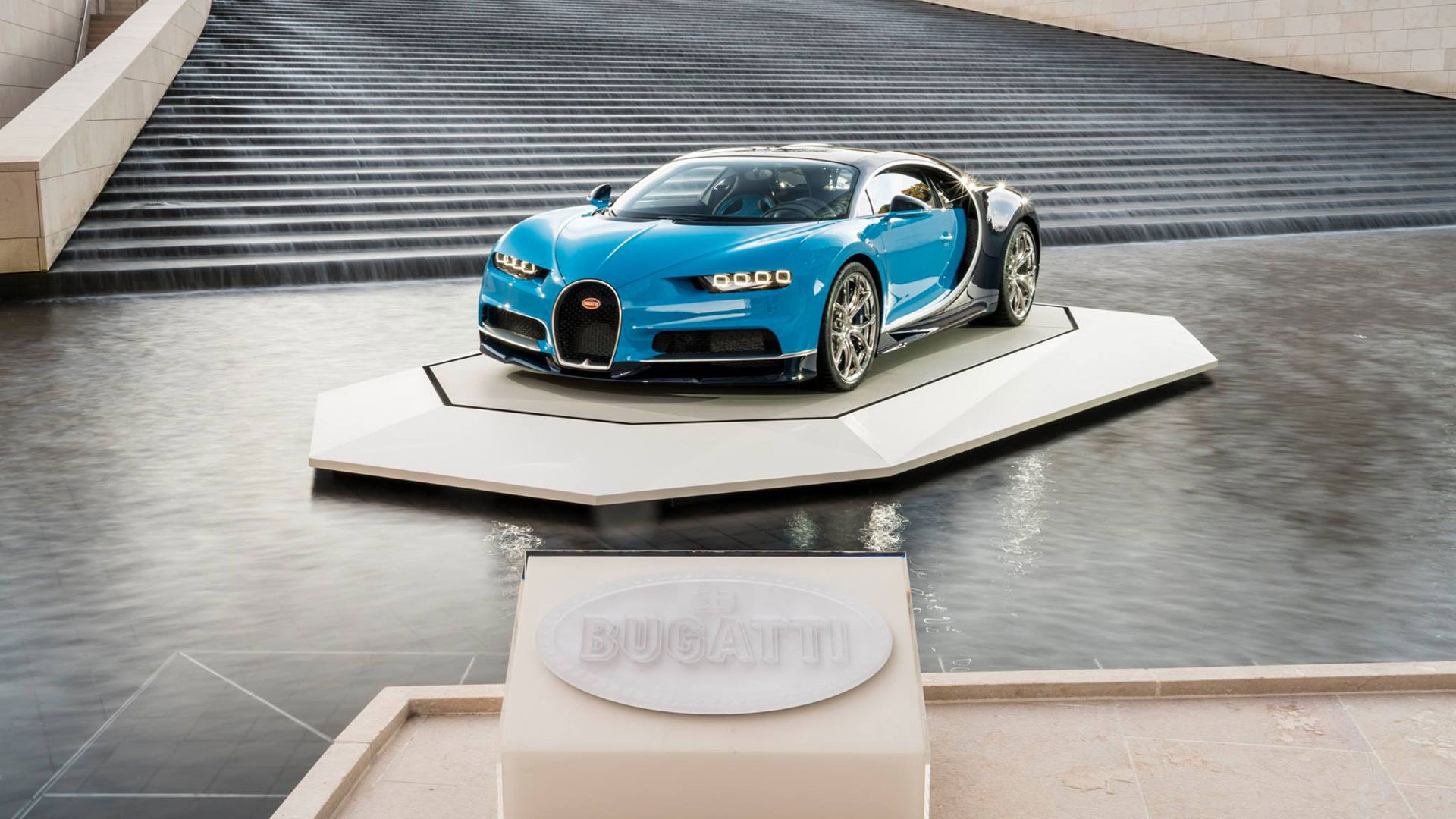 New 2020 Bugatti Chiron  For Sale In Westport, CT 639_p4