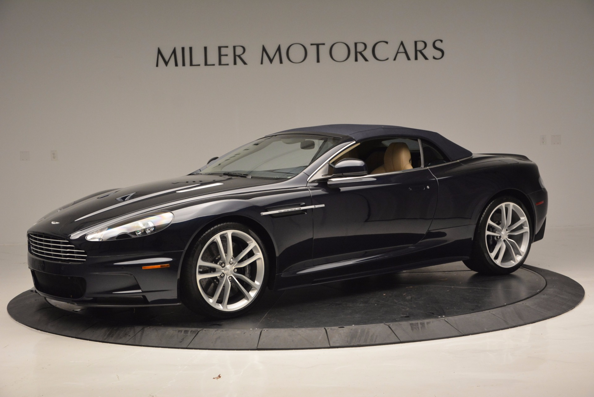 Used 2012 Aston Martin DBS Volante For Sale In Westport, CT 644_p14