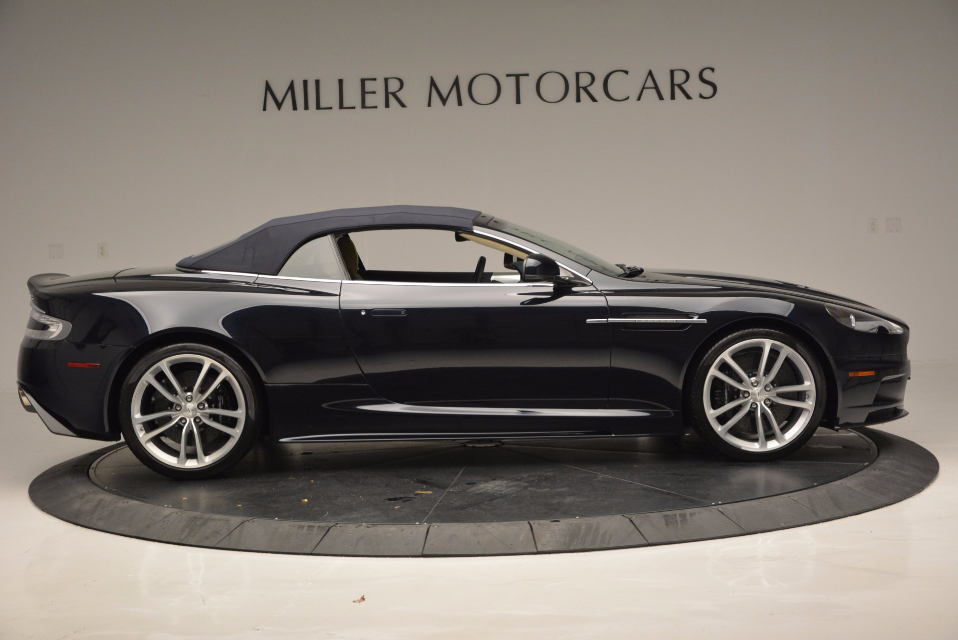 Used 2012 Aston Martin DBS Volante For Sale In Westport, CT 644_p21