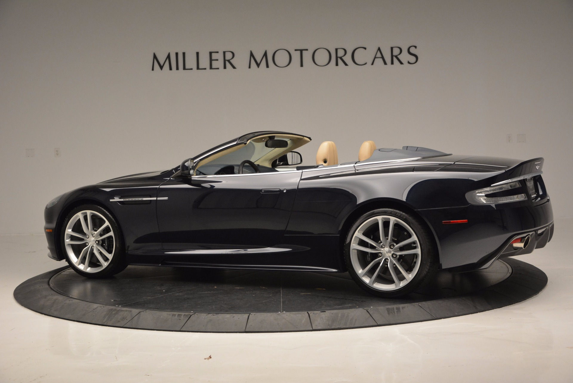 Used 2012 Aston Martin DBS Volante For Sale In Westport, CT 644_p4