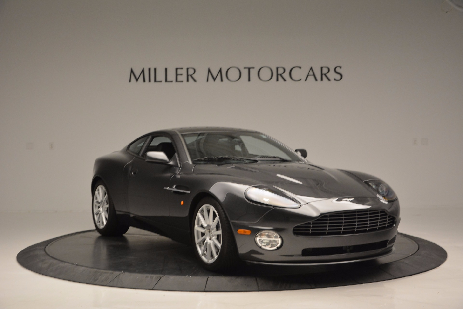 Used 2005 Aston Martin V12 Vanquish S For Sale In Westport, CT 645_p11