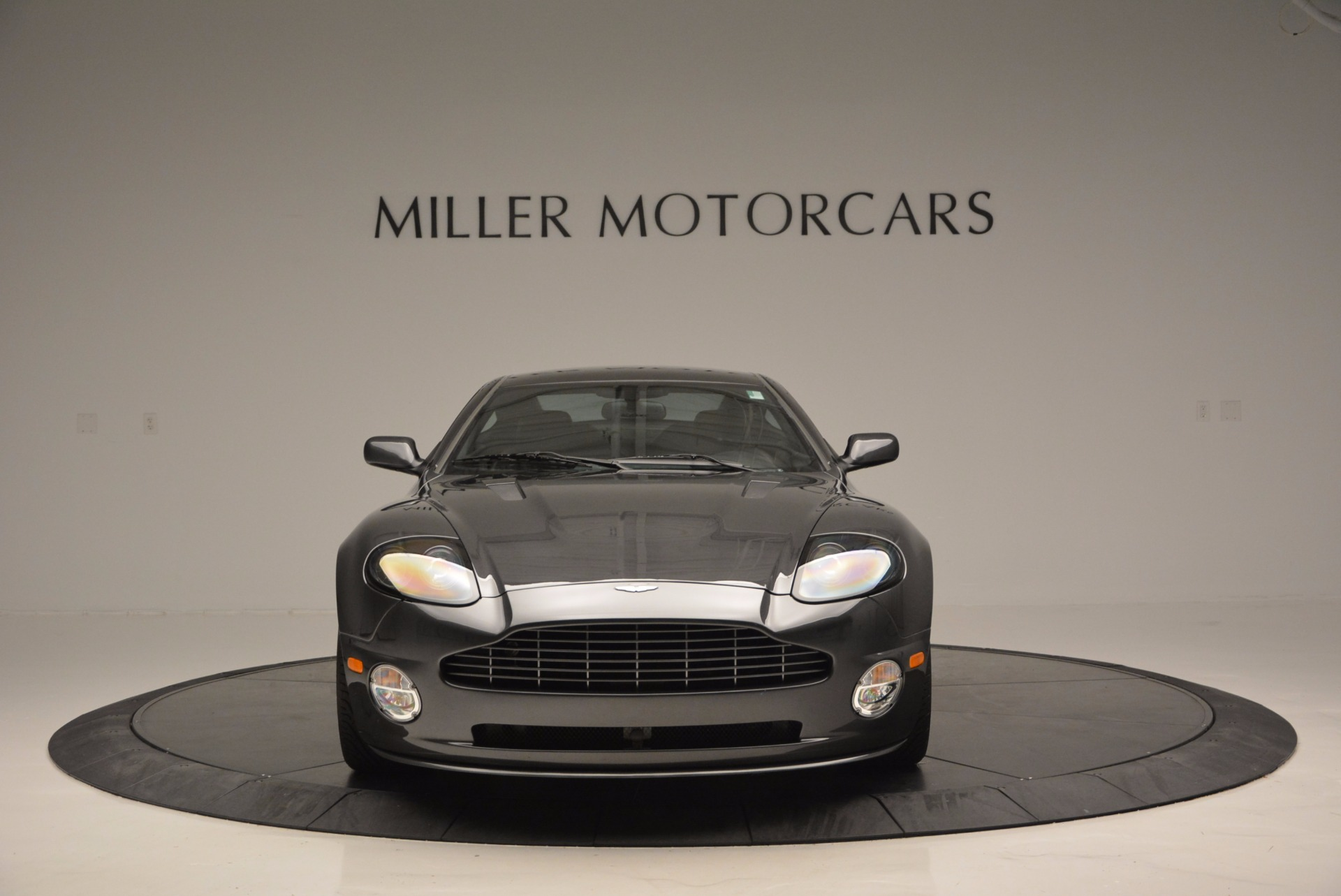 Used 2005 Aston Martin V12 Vanquish S For Sale In Westport, CT 645_p12
