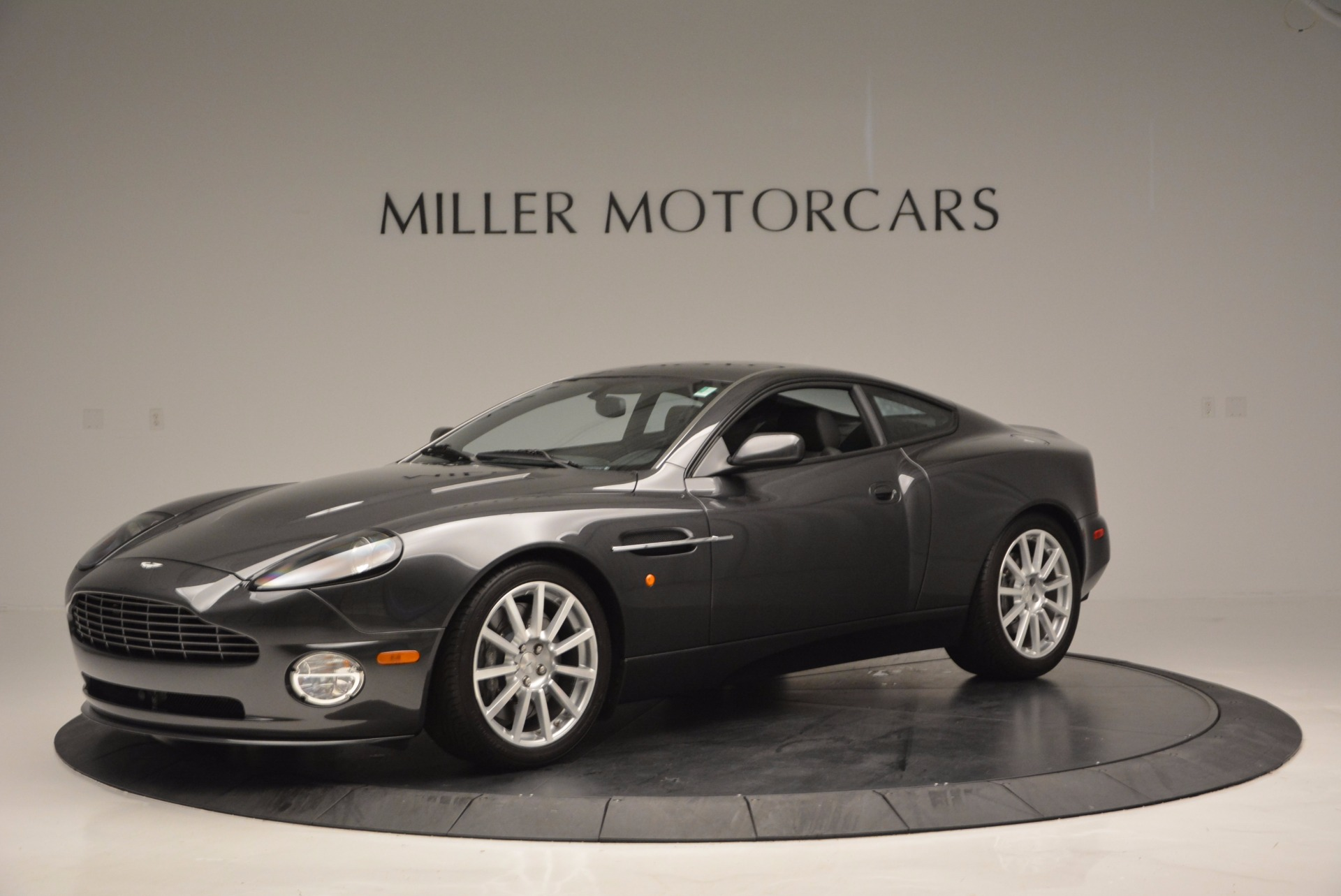 Used 2005 Aston Martin V12 Vanquish S For Sale In Westport, CT 645_p2