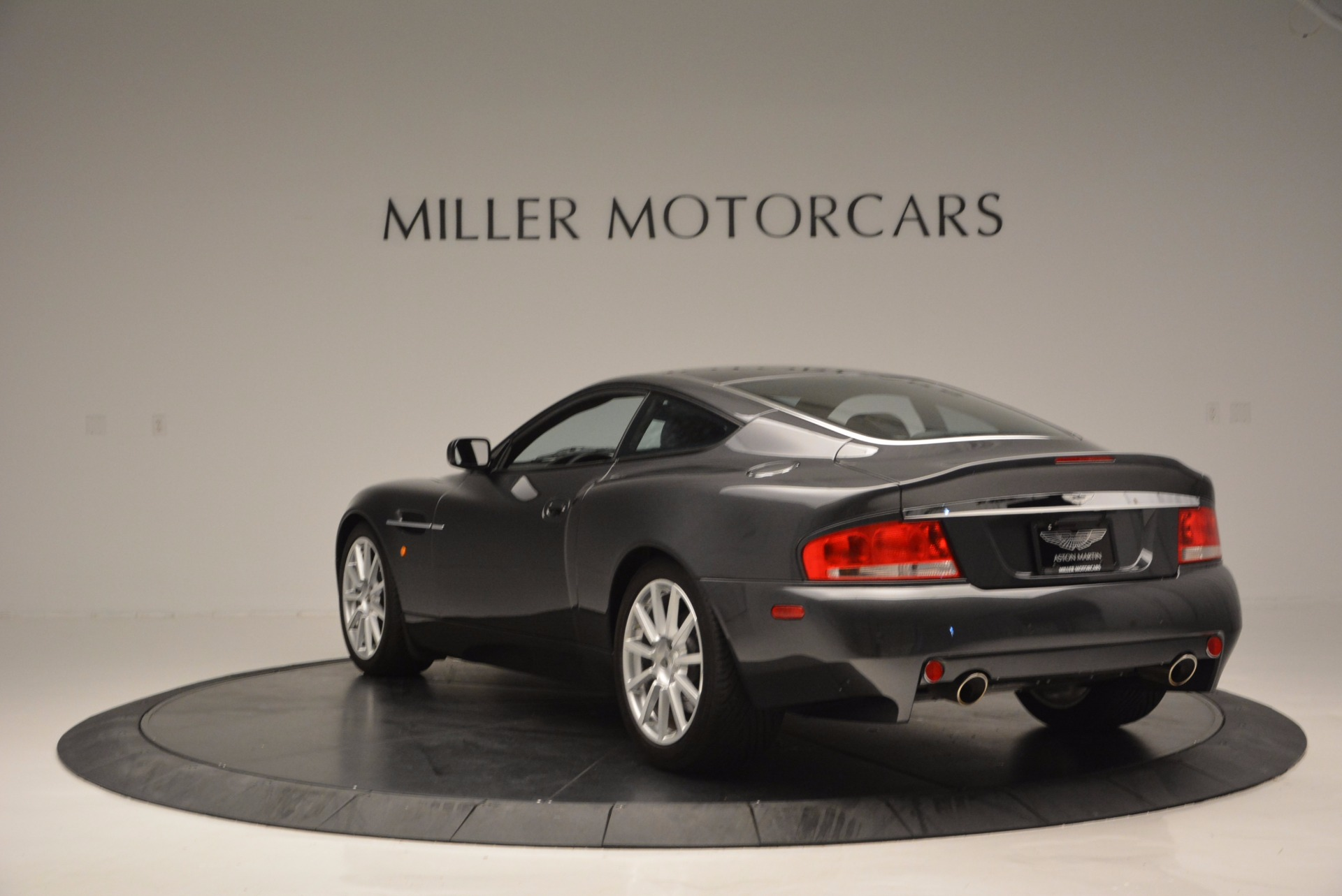 Used 2005 Aston Martin V12 Vanquish S For Sale In Westport, CT 645_p5