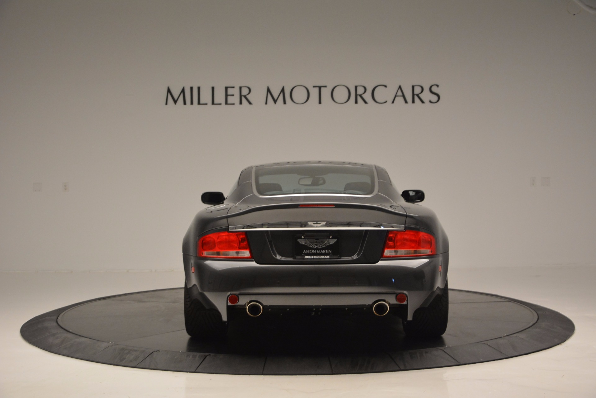 Used 2005 Aston Martin V12 Vanquish S For Sale In Westport, CT 645_p6