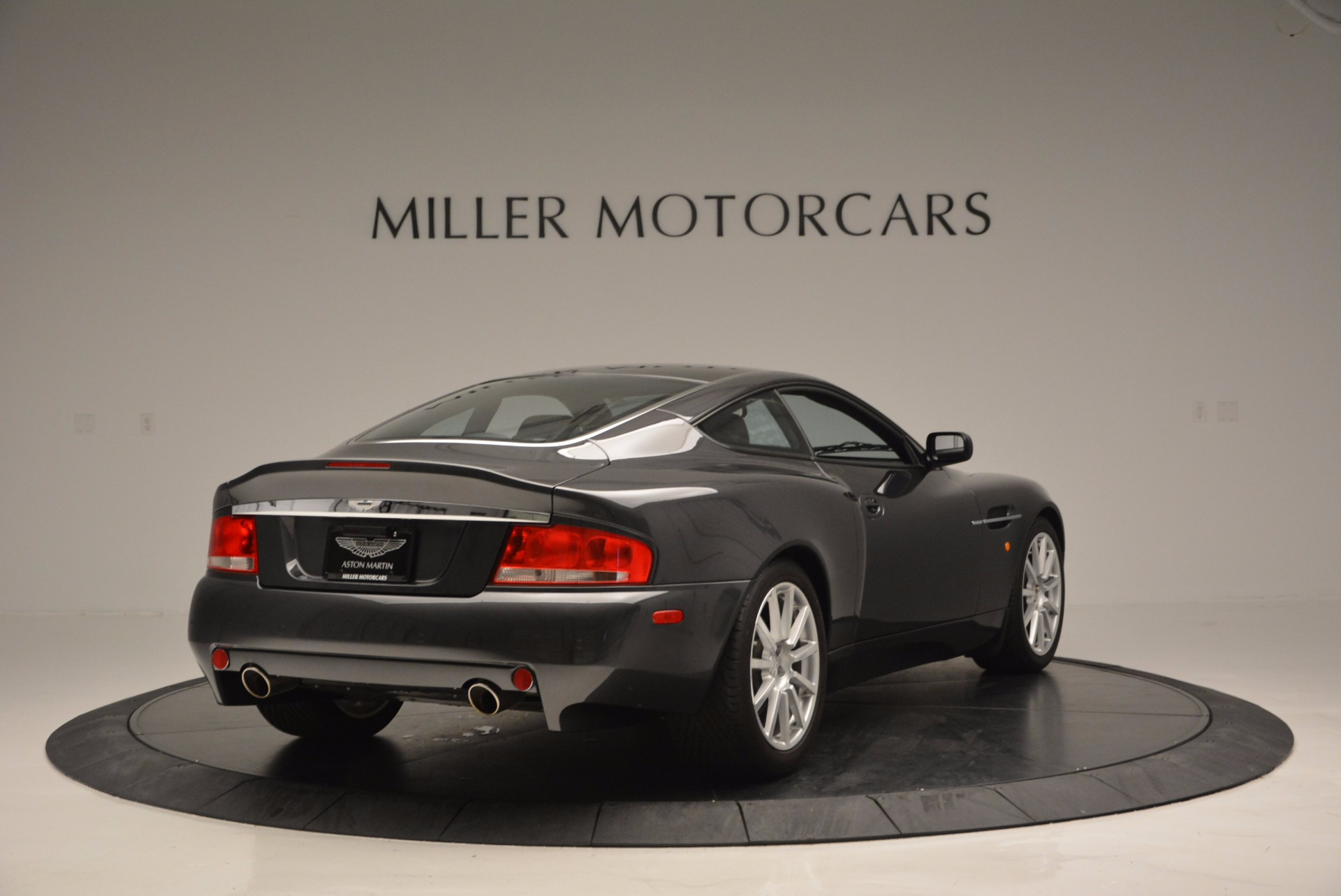 Used 2005 Aston Martin V12 Vanquish S For Sale In Westport, CT 645_p7