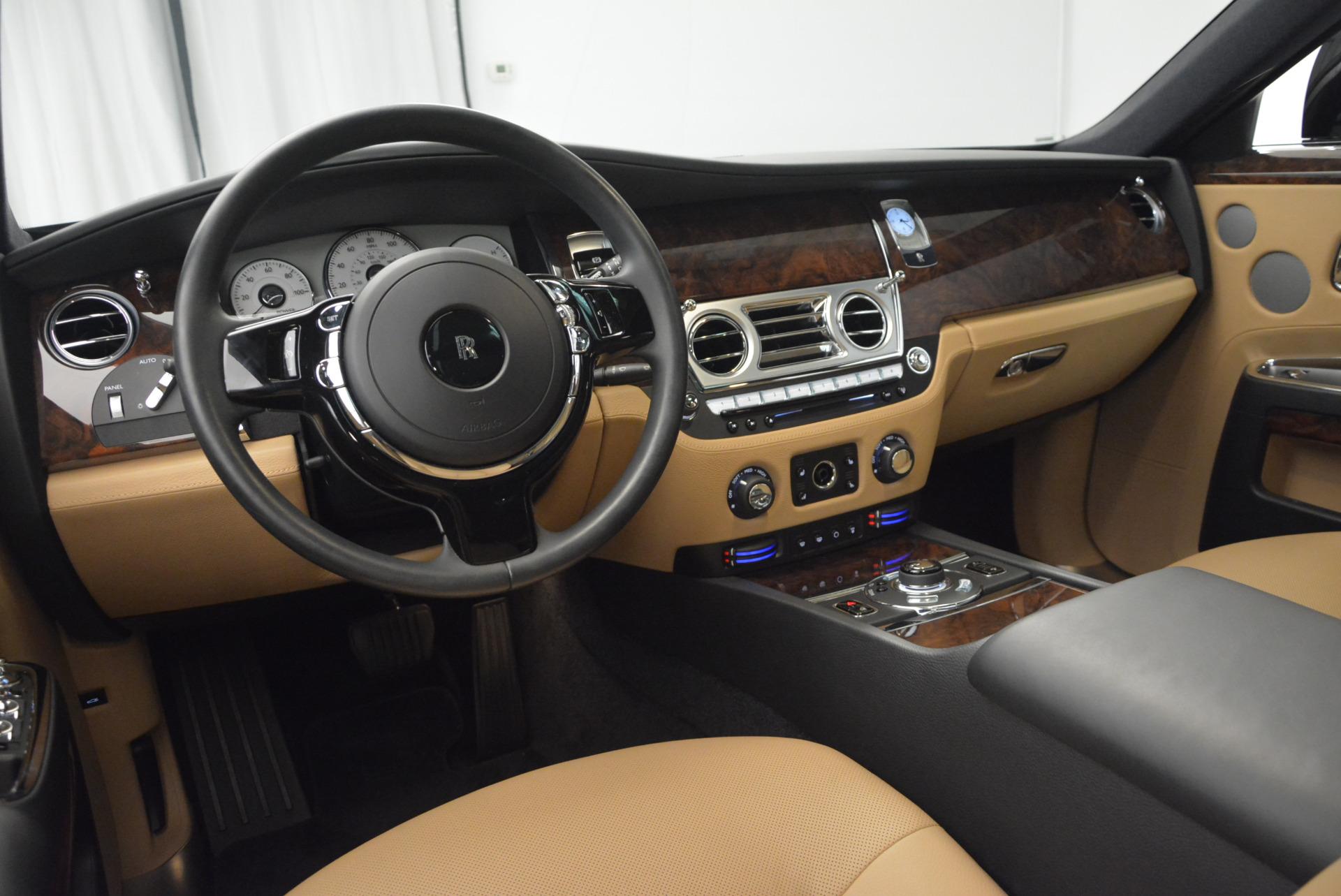 Used 2011 Rolls-Royce Ghost  For Sale In Westport, CT 648_p20