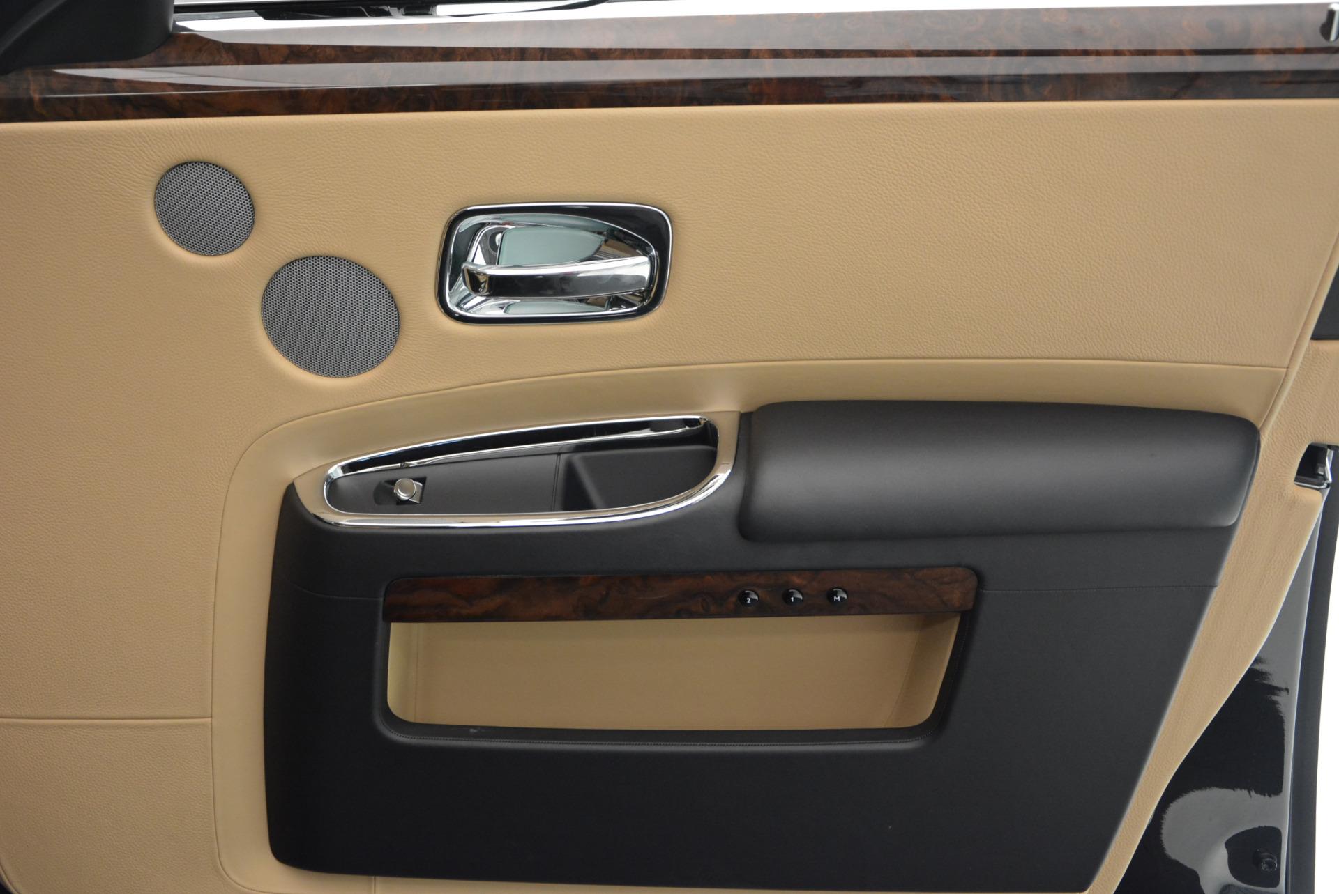 Used 2011 Rolls-Royce Ghost  For Sale In Westport, CT 648_p26