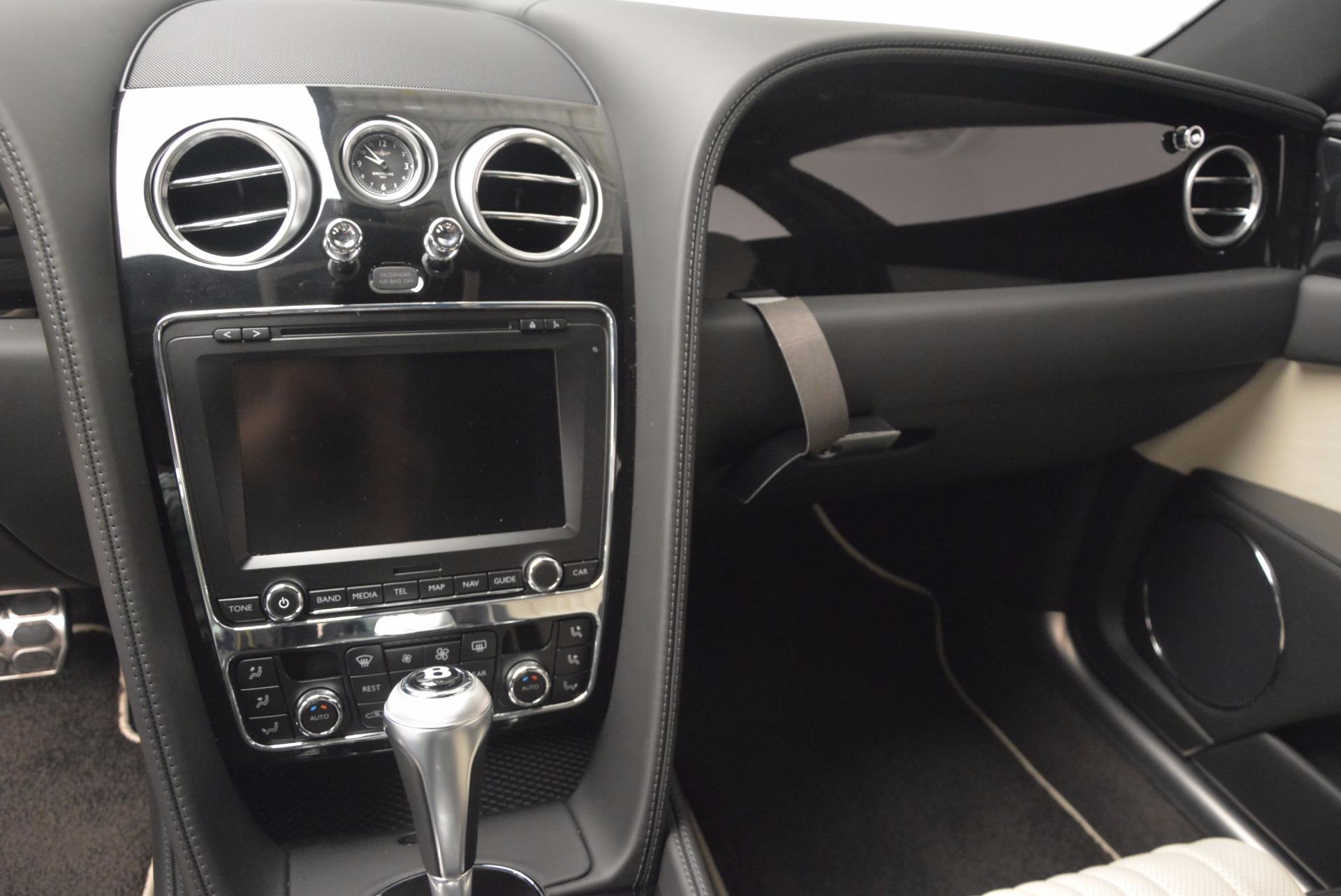 New 2017 Bentley Flying Spur V8 S  For Sale In Westport, CT 651_p19