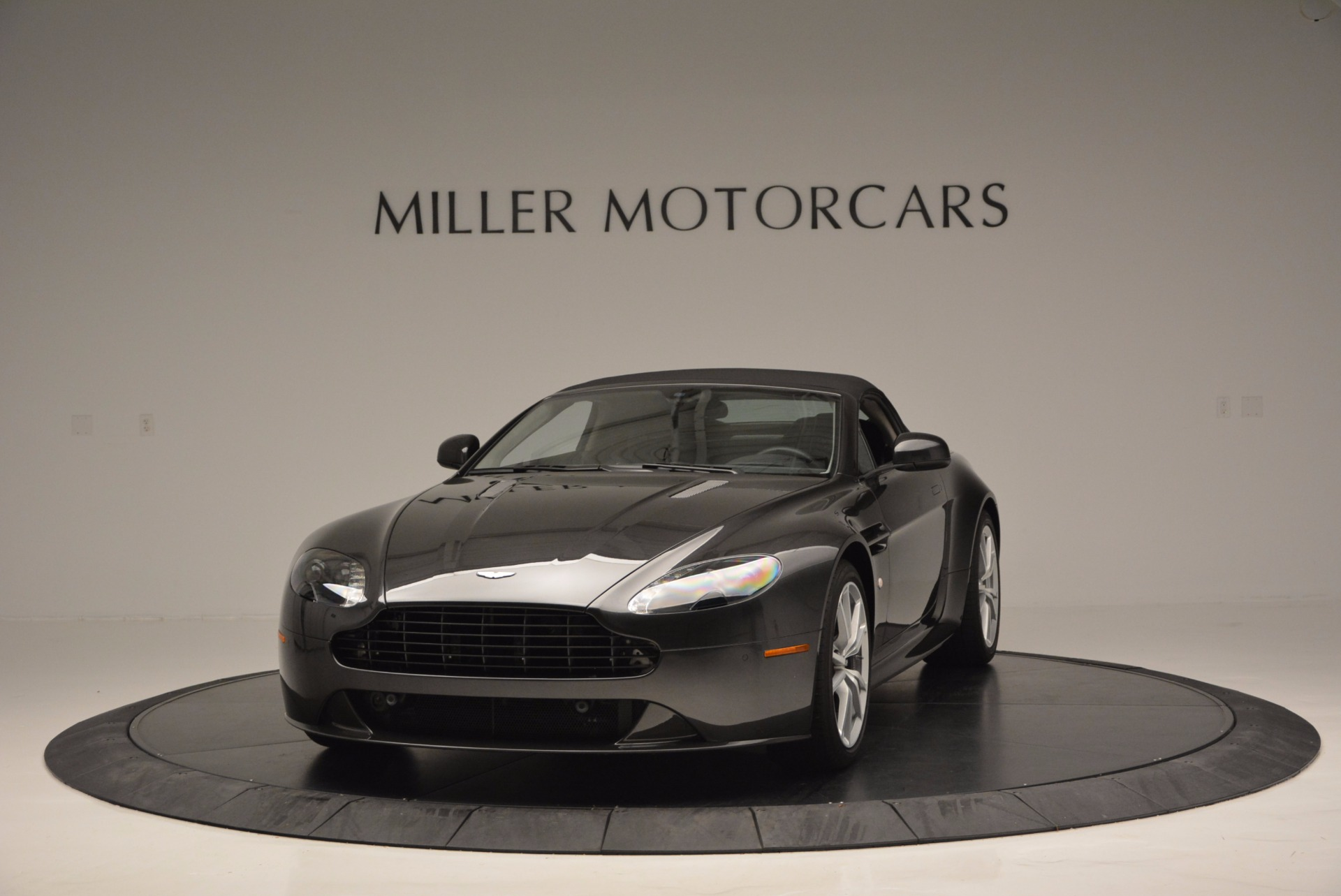 Used 2016 Aston Martin V8 Vantage S Roadster For Sale In Westport, CT 652_p13