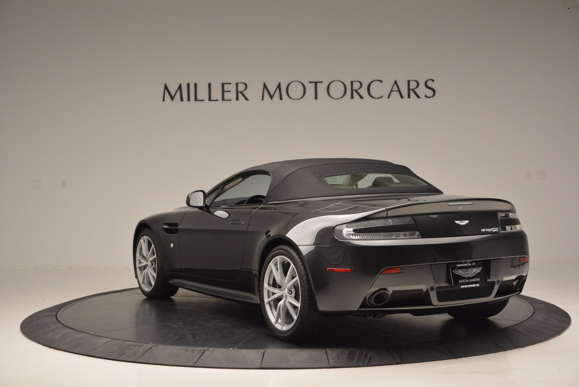 Used 2016 Aston Martin V8 Vantage S Roadster For Sale In Westport, CT 652_p17