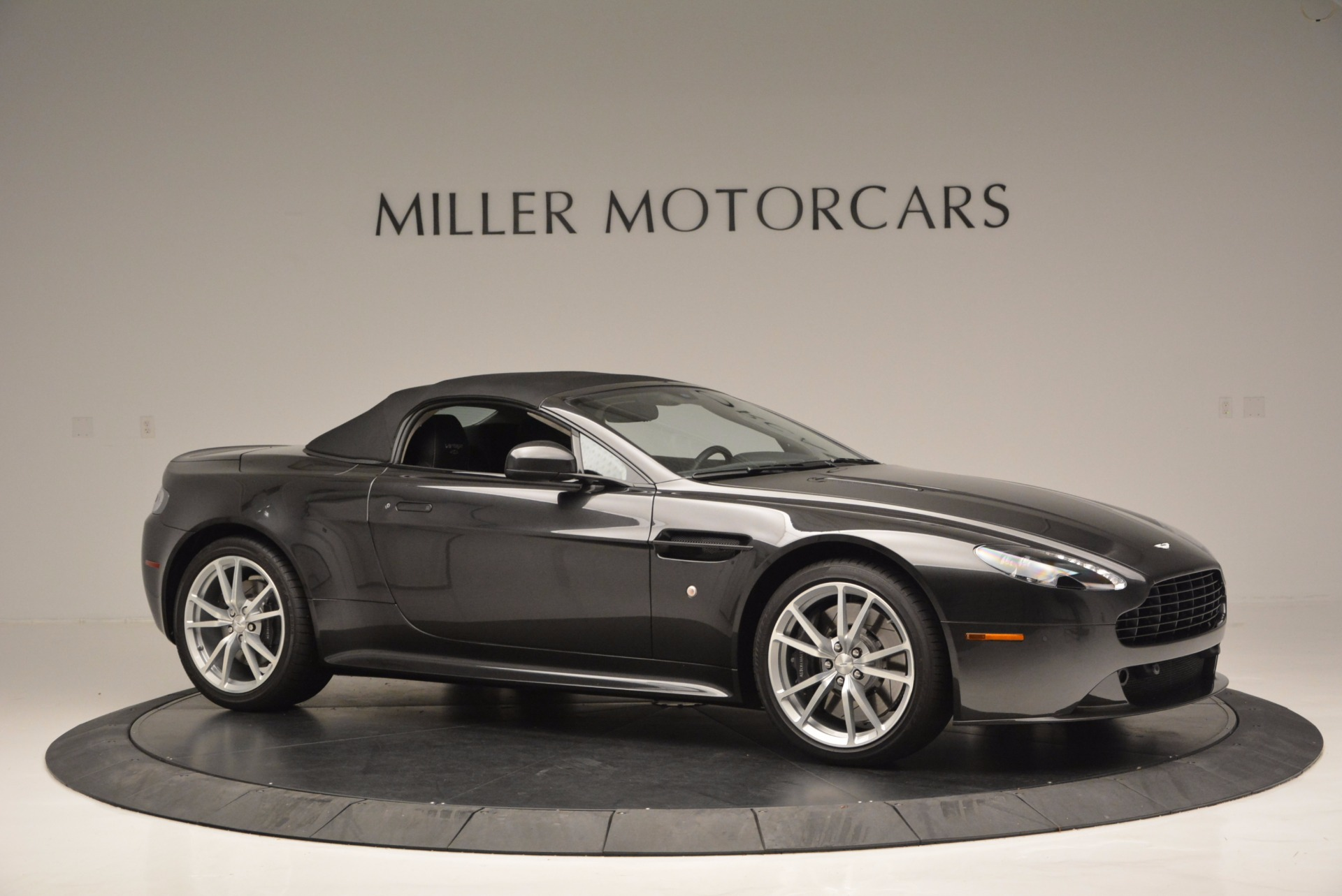 Used 2016 Aston Martin V8 Vantage S Roadster For Sale In Westport, CT 652_p22