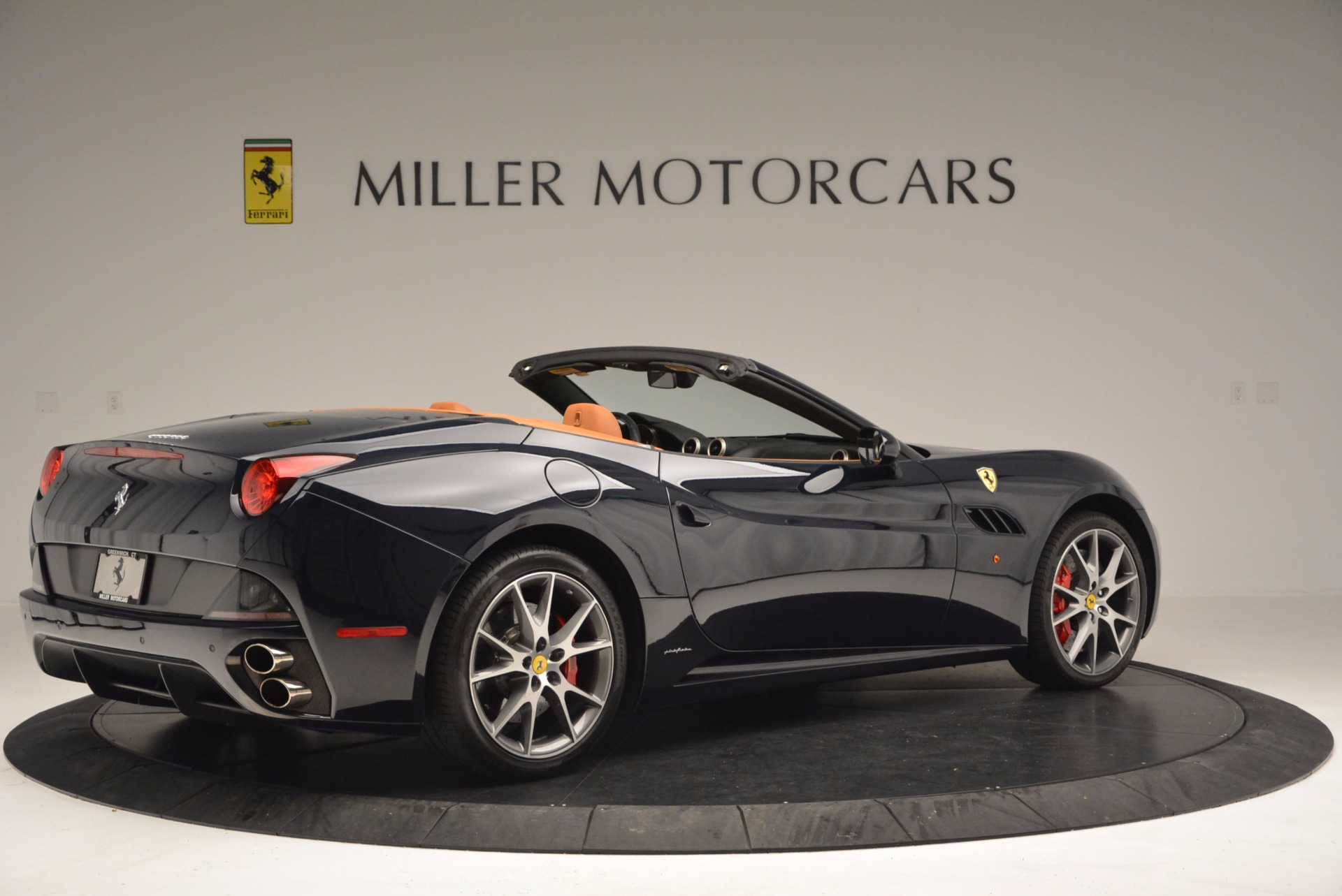 Used 2010 Ferrari California  For Sale In Westport, CT 659_p8