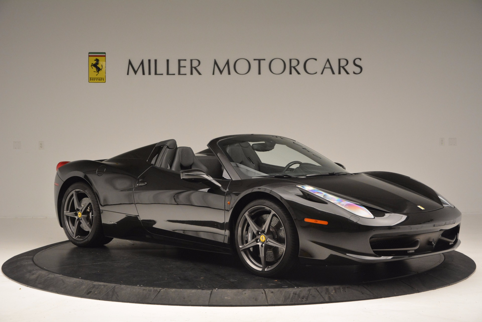 Used 2015 Ferrari 458 Spider  For Sale In Westport, CT 660_p10