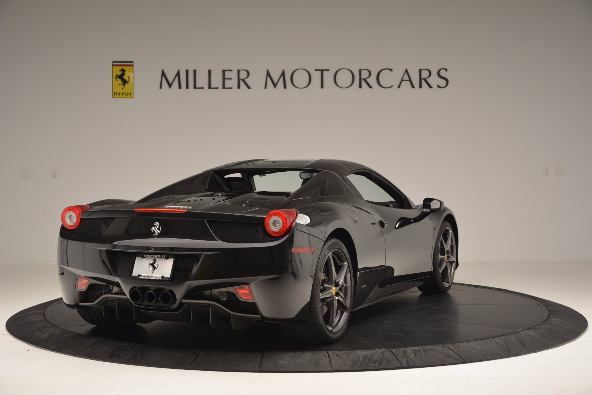 Used 2015 Ferrari 458 Spider  For Sale In Westport, CT 660_p19
