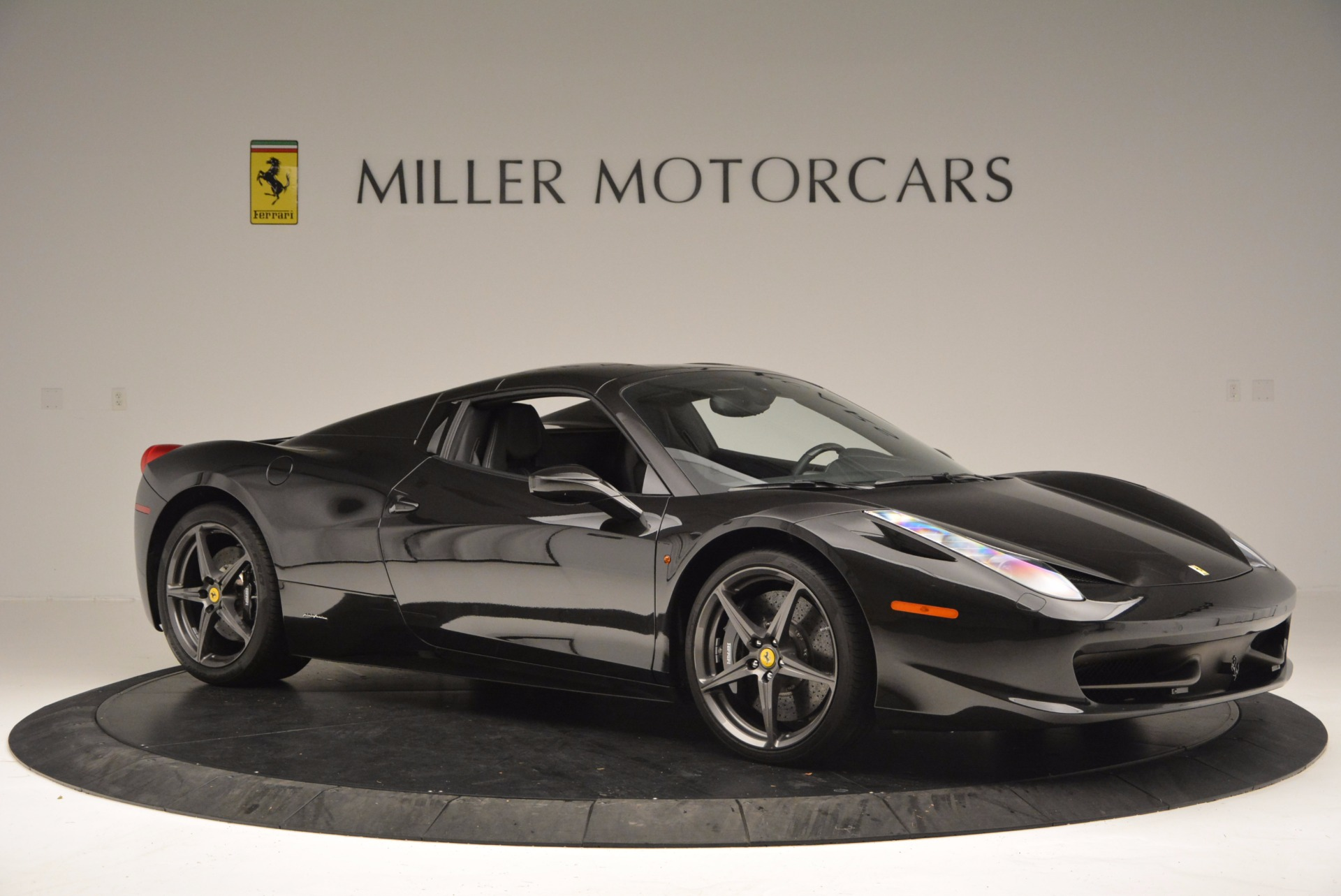 Used 2015 Ferrari 458 Spider  For Sale In Westport, CT 660_p22