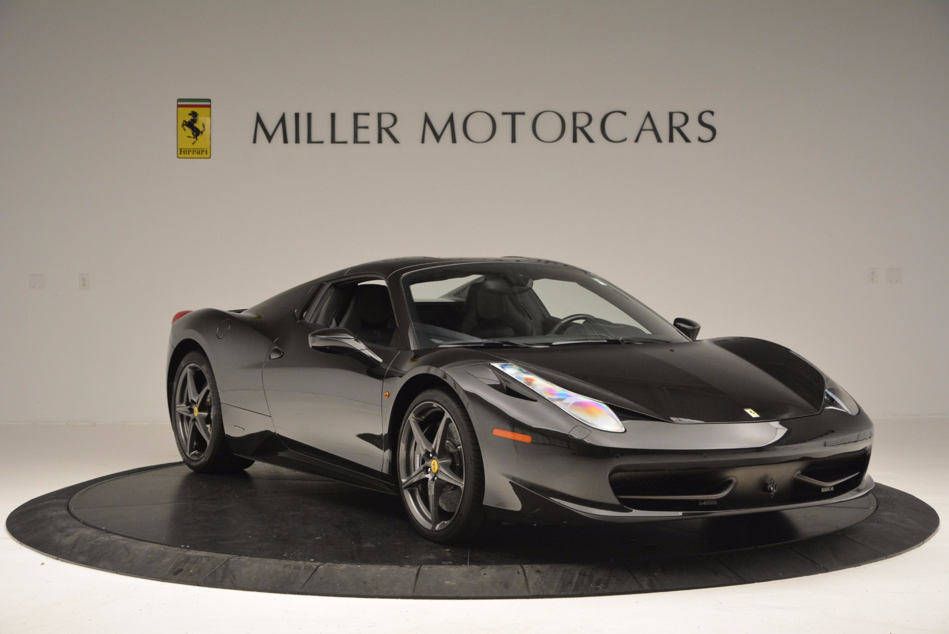 Used 2015 Ferrari 458 Spider  For Sale In Westport, CT 660_p23