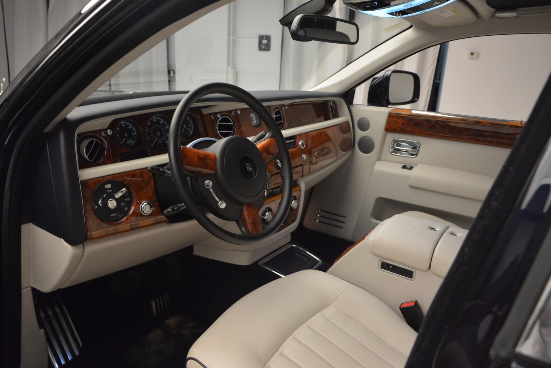 Used 2011 Rolls-Royce Phantom  For Sale In Westport, CT 661_p10