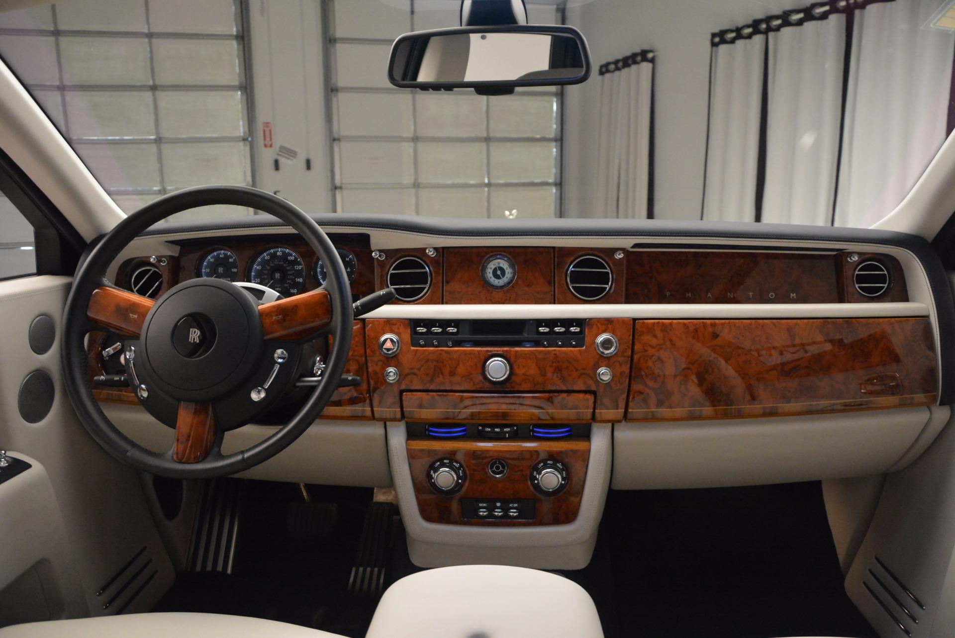 Used 2011 Rolls-Royce Phantom  For Sale In Westport, CT 661_p16