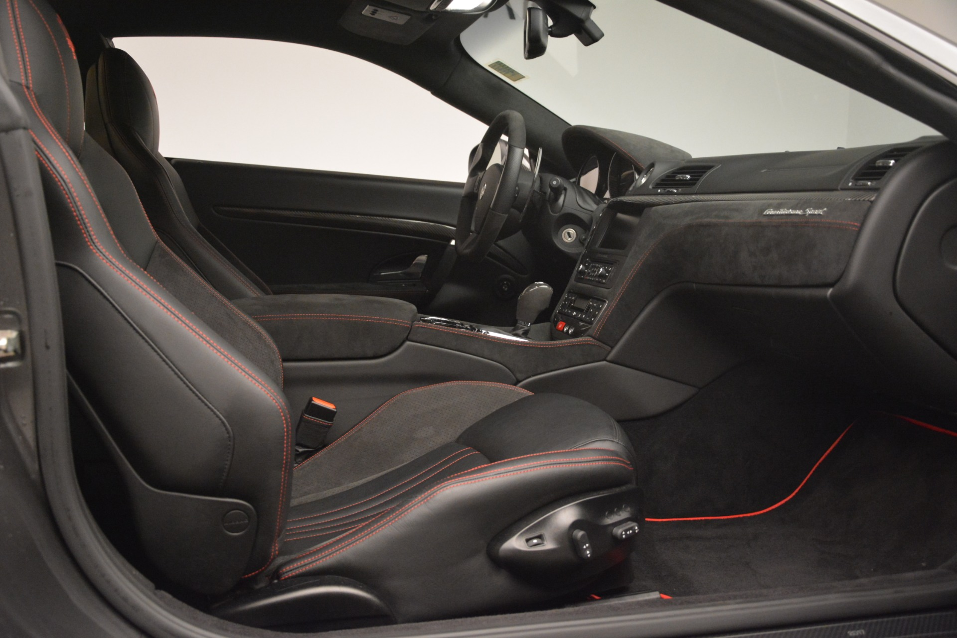 Used 2017 Maserati GranTurismo GT Sport Special Edition For Sale In Westport, CT 665_p21