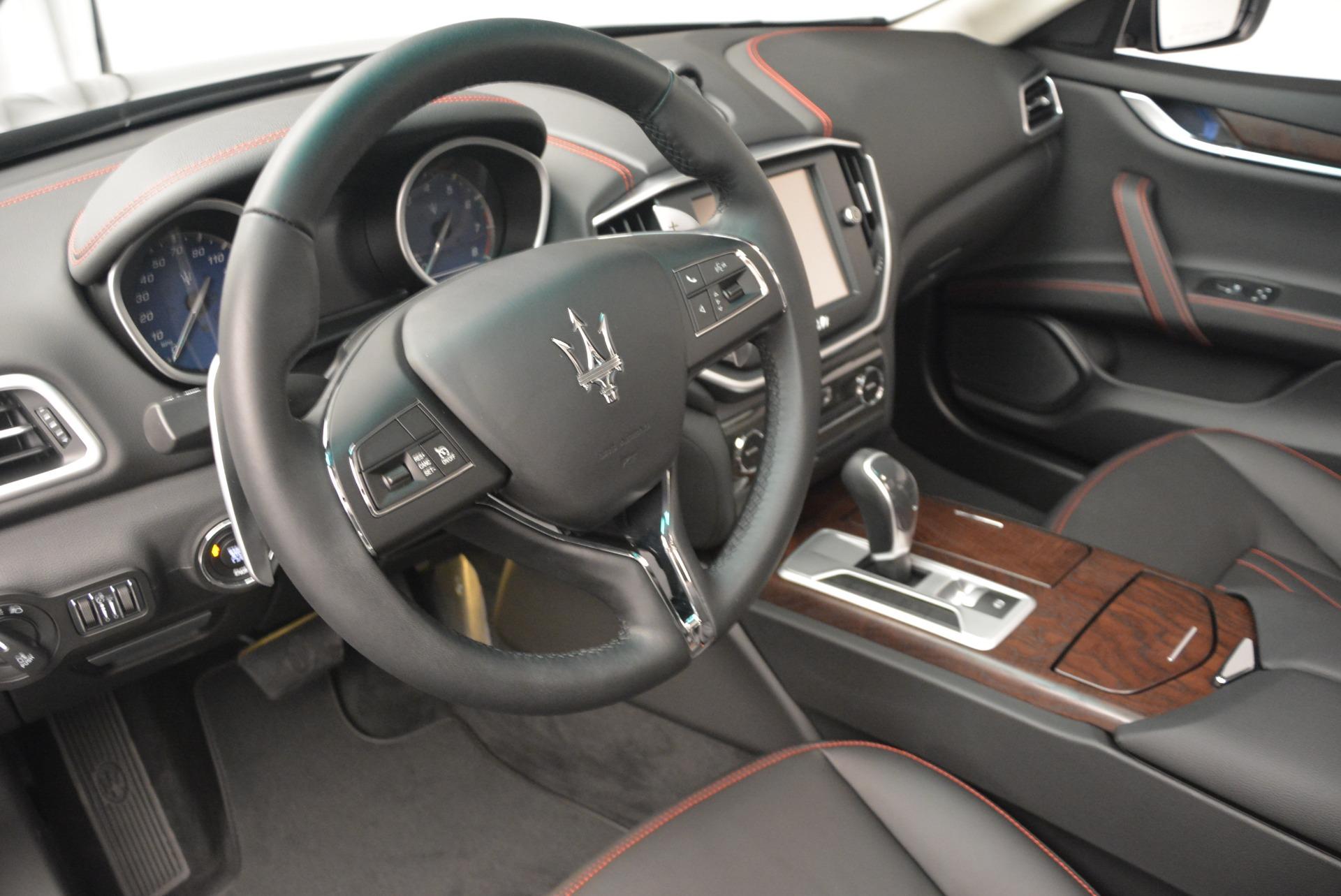 Used 2016 Maserati Ghibli S Q4  EX-LOANER For Sale In Westport, CT 667_p25